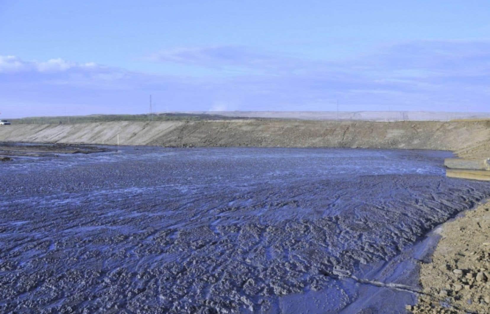 Exploitation de Shell à la mine de la rivière Muskeg.<br />