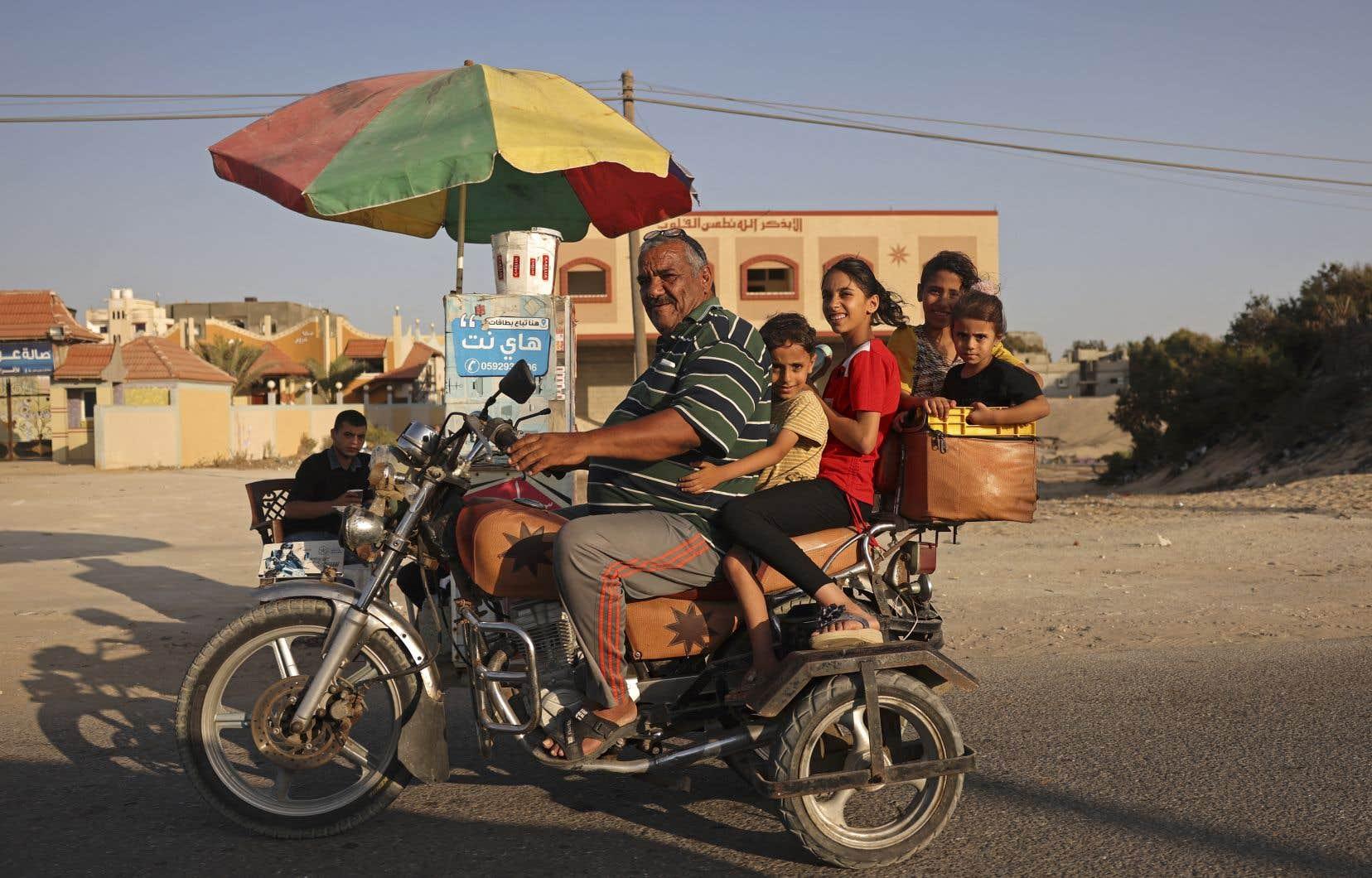 Ce plan ne vise pas à régler le conflit israélo-palestinien, mais à «agir dès maintenant» pour «améliorer» les conditions de vie dans la bande de Gaza et à «créer de meilleures conditions pour de futurs pourparlers», a fait valoirYaïr Lapid.