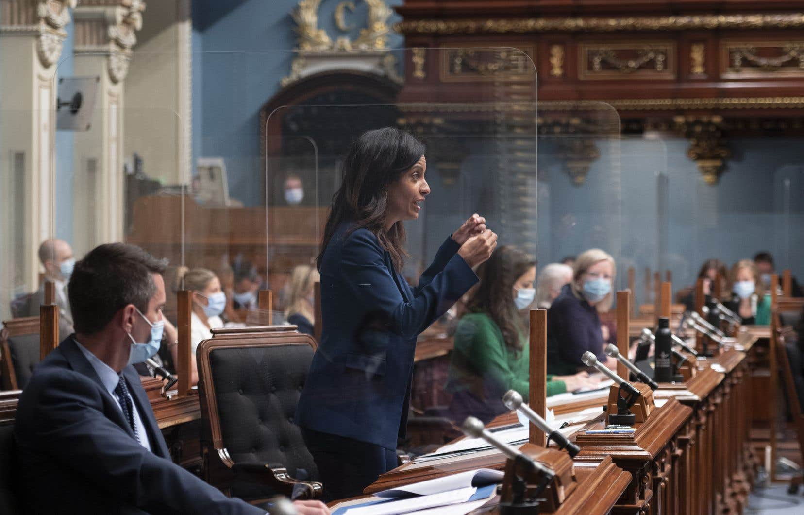 Une motion réclamant «la fin du Québec Bashing» a été présentée par la cheffe de l'opposition officielle, Dominique Anglade, au terme de la première période de questions.