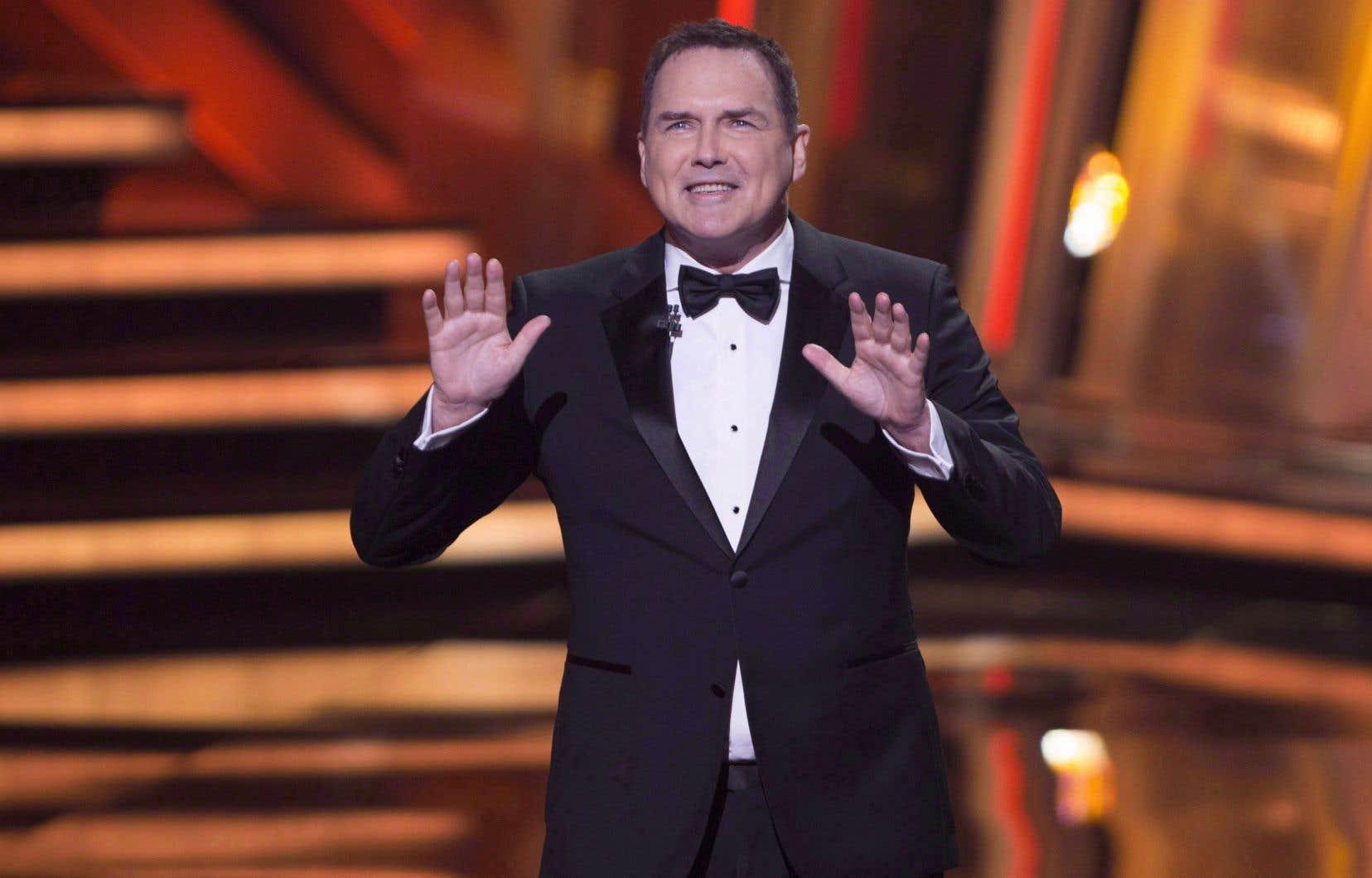Fils de deux enseignants, Norm Macdonald est né et a grandi à Québec. Il a passé quelques années à faire de la scène comme humoriste, avant de rejoindre «Saturday Night Live» en 1993.