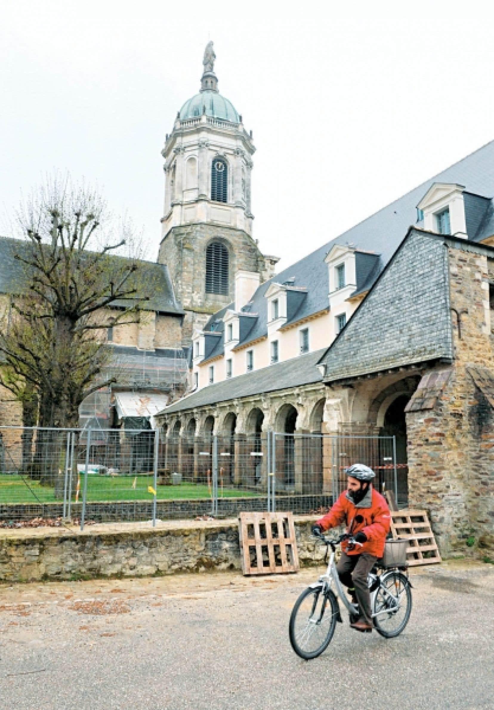 À une centaine de kilomètres de Rennes (notre photo), la Communauté de communes du Pays de Questembert privilégie la culture pour attirer des résidents.