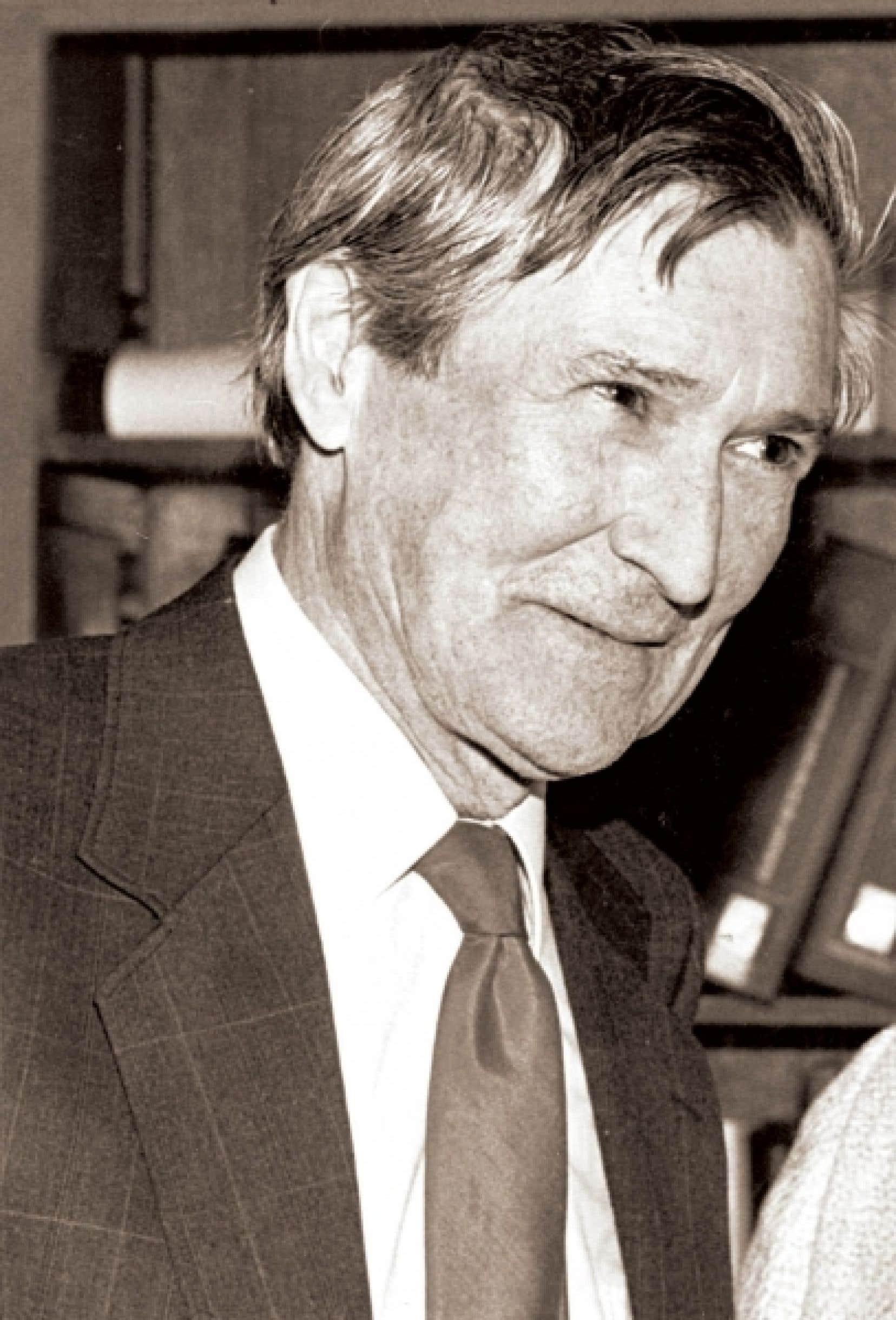 Fernand Dumont (1927-1997) est le plus grand penseur de l'histoire du Québec. <br />