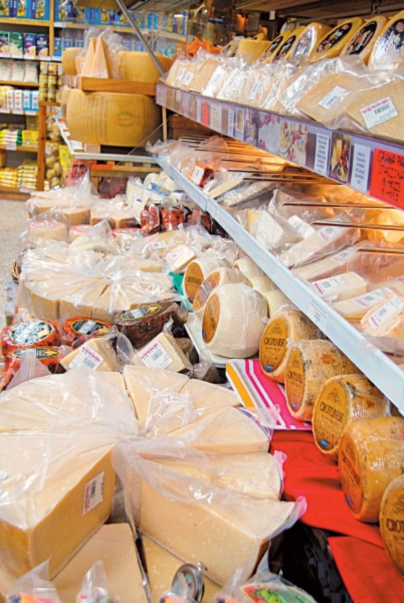 À La Baie des fromages se trouvent les meilleurs panettones et nougats ainsi que le plus grand choix de fromages d'Italie. <br />