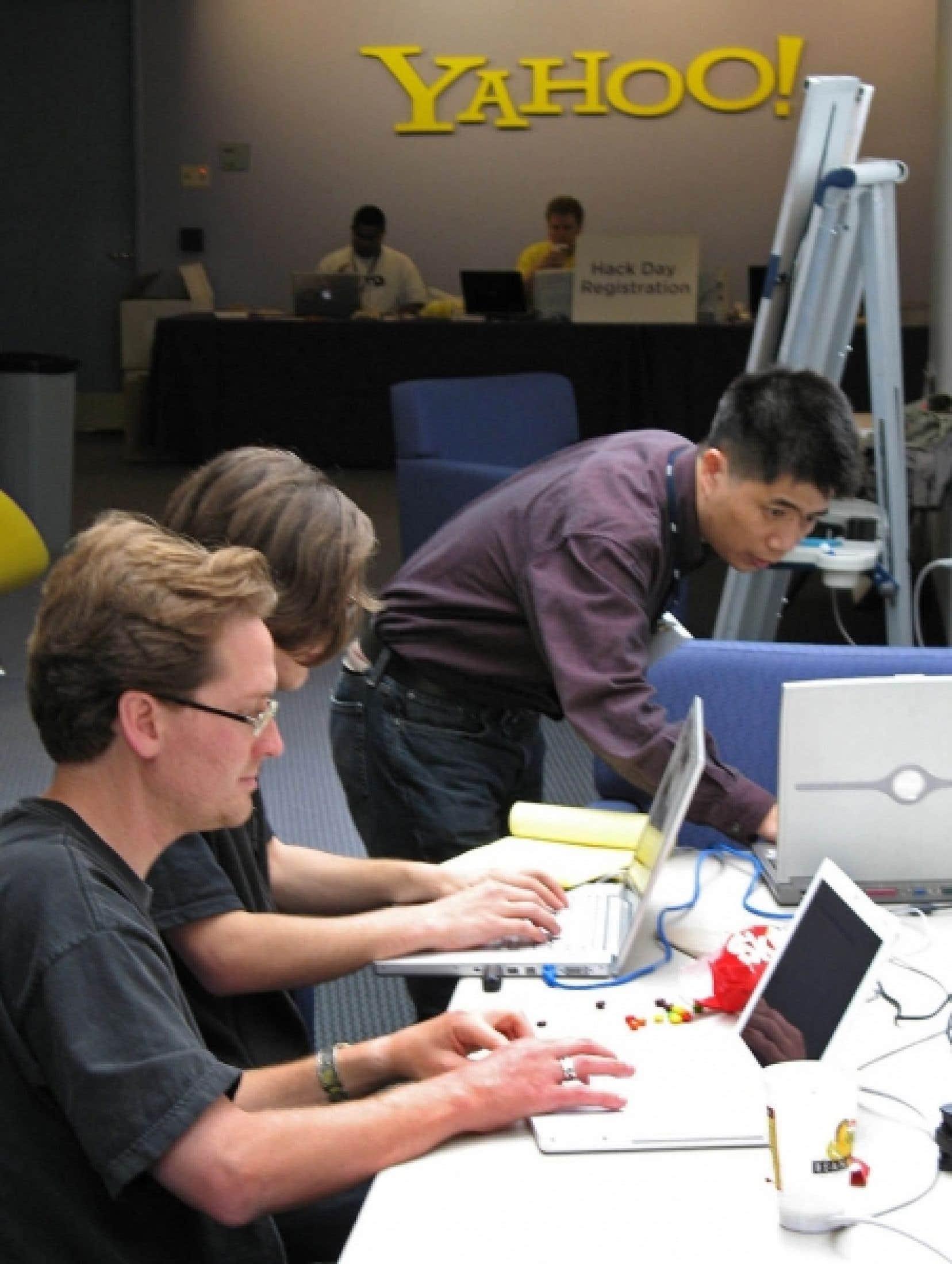 «Si vous ne devenez pas un véritable usager de la technologie [en apprenant ses rudiments de langage], alors c'est elle qui va vous utiliser», dit Douglas Rushkoff, observateur des mutations en cours.<br />