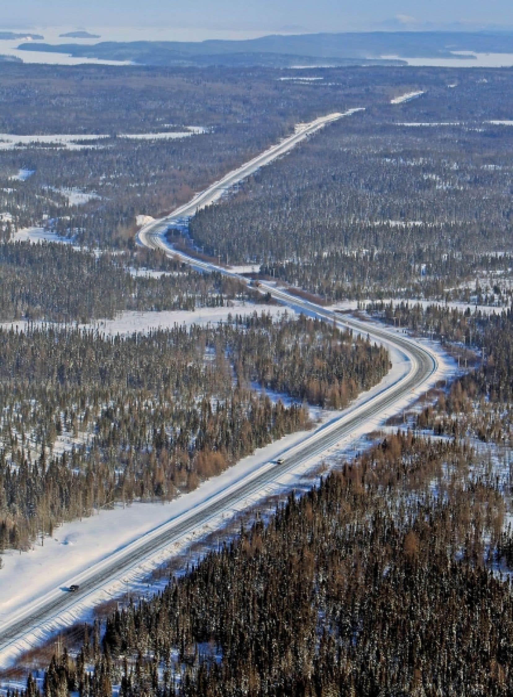 Le coût de la construction de la route 167 est estimé à 331,6 millions. La compagnie Stornoway Diamond Corporation déboursera jusqu'à 44 millions. Mais s'il devait y avoir dépassement de coûts, Québec devrait l'assumer seul.<br />