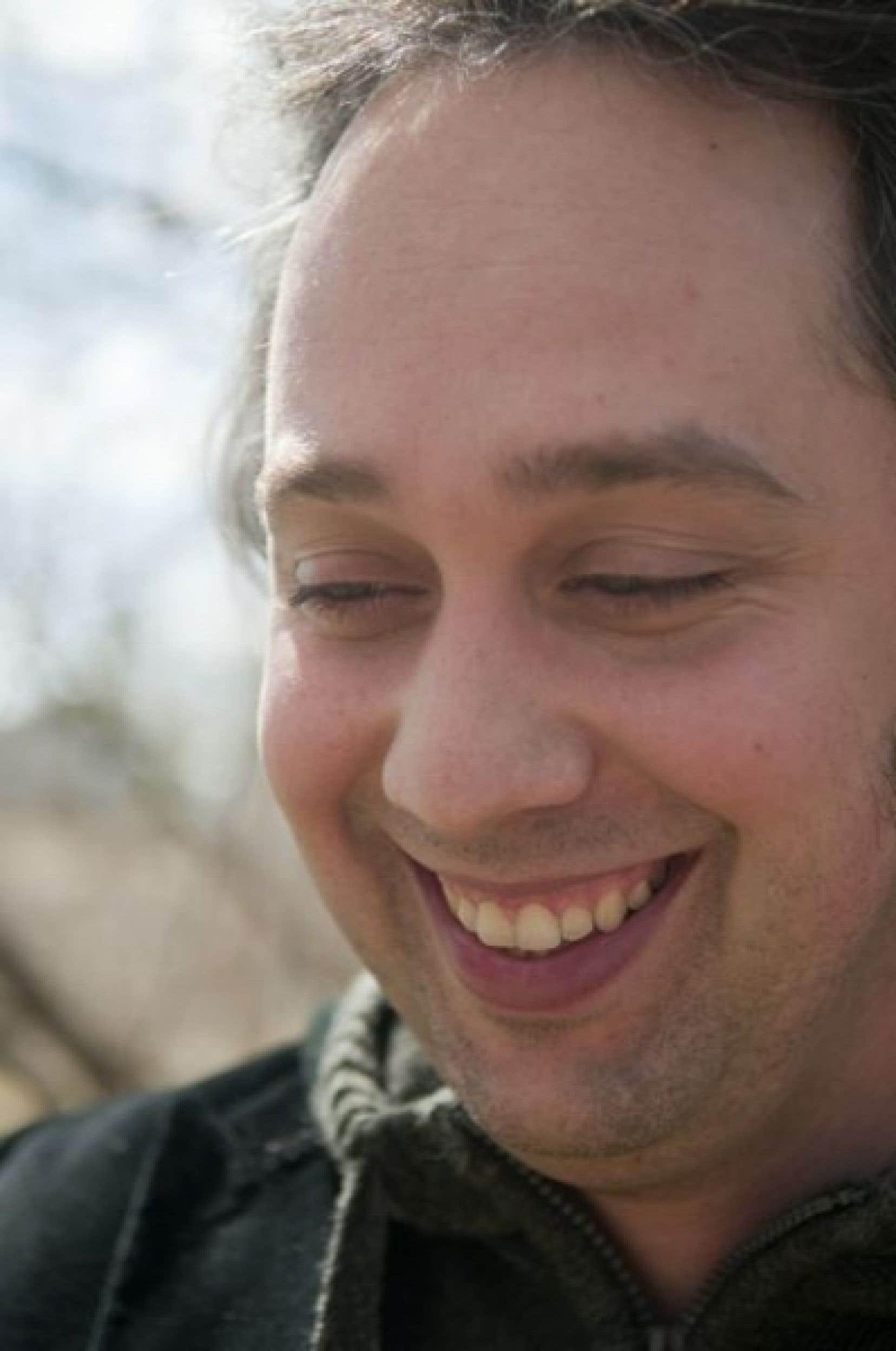 Jean-François Caron publie son deuxième roman, Rose Brouillard, le film.