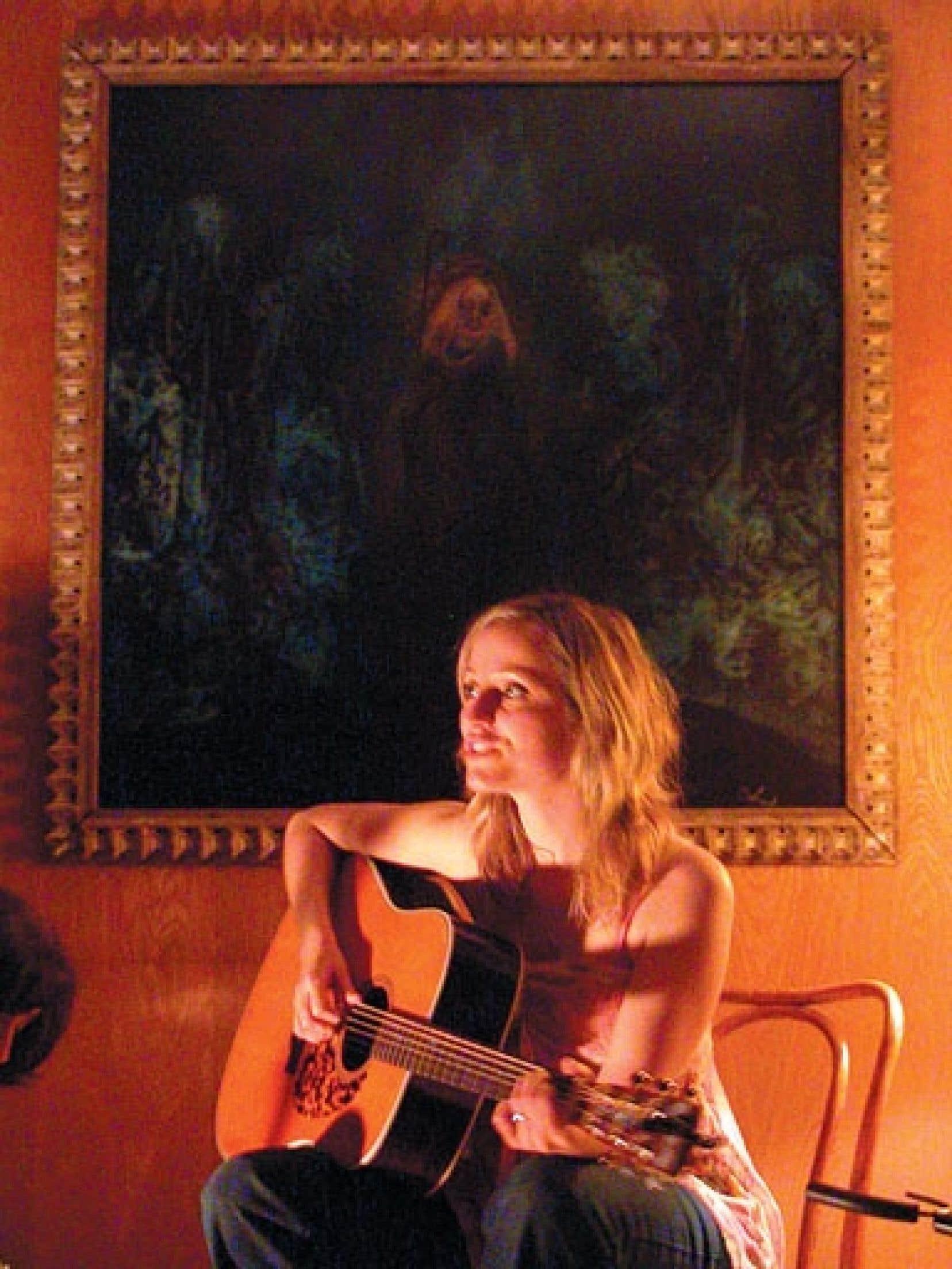 Brigitte Saint-Aubin a fait sa propre tournée des salons en 2006, pour faire connaître son premier album, être…