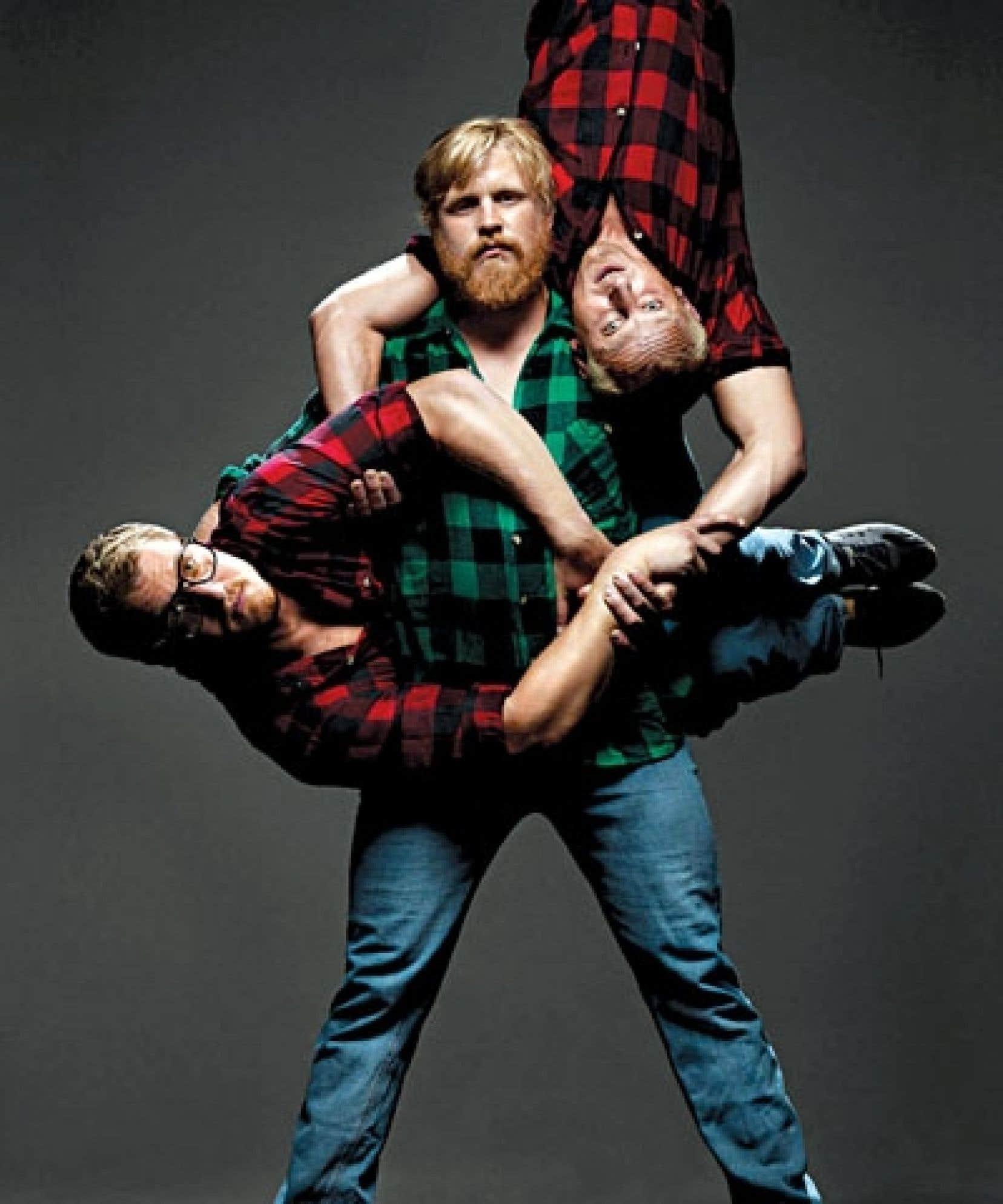 <div> Undermän de Circus Cirkör présente une fable où trois costauds sont plaqués par leurs douces moitiés.</div>