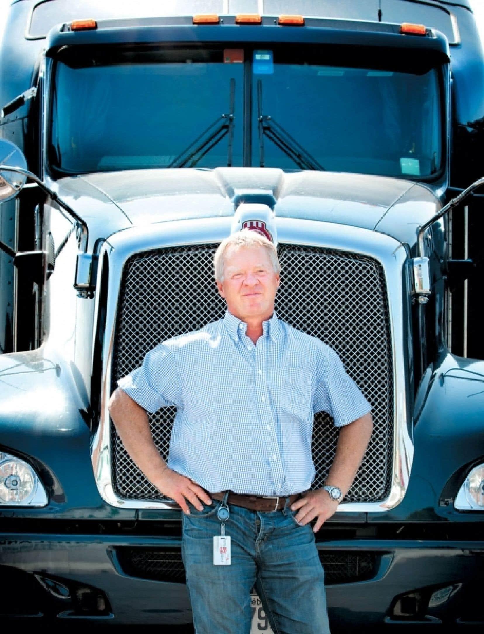Encore aujourd'hui, Réal Gagnon prend le volant de l'un de ses camions pour accomplir, une fois par an, une livraison en Californie.