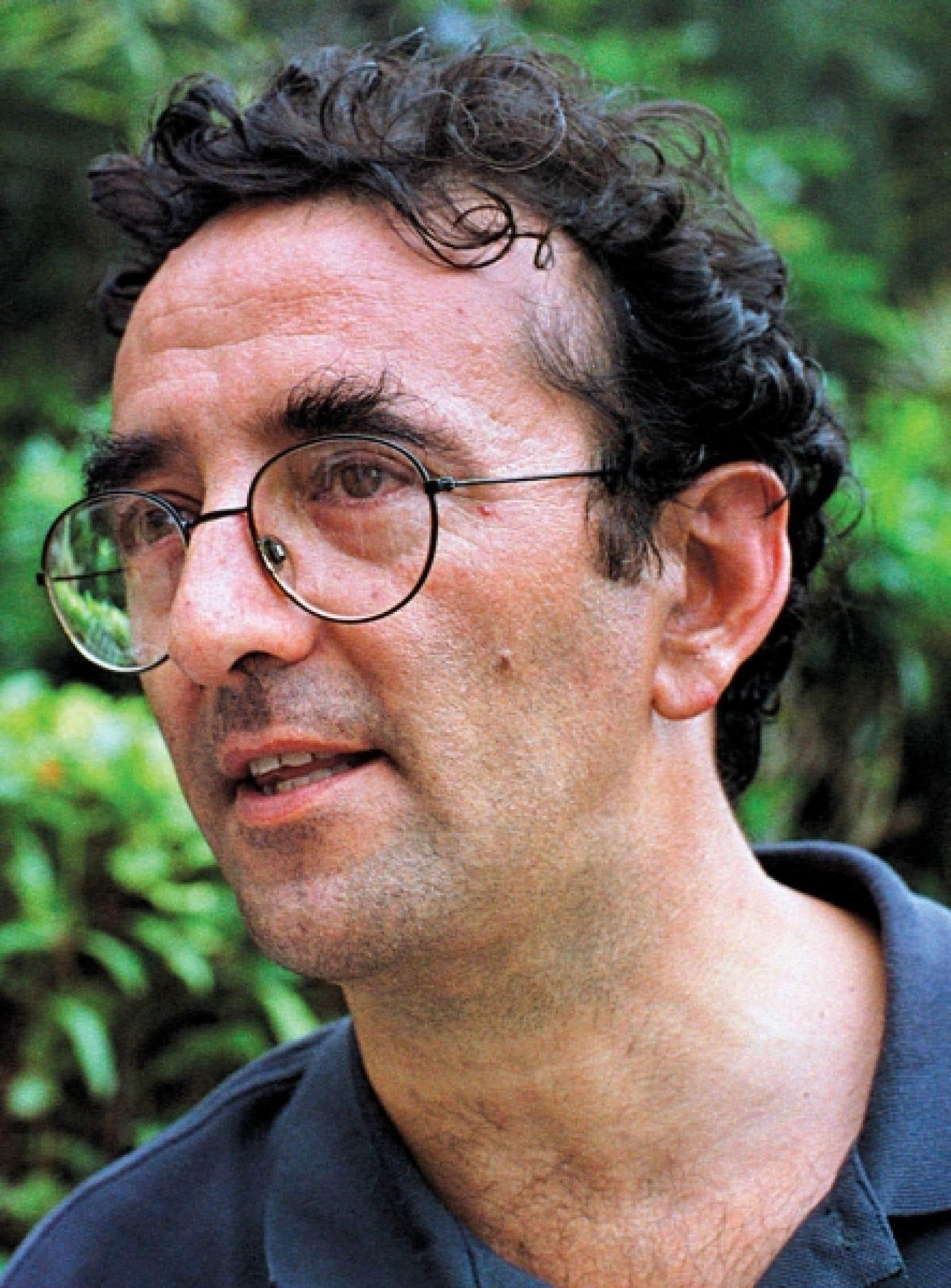 Roberto Bolaño a créé une œuvre d'une grande diversité comprenant poésie et romance.