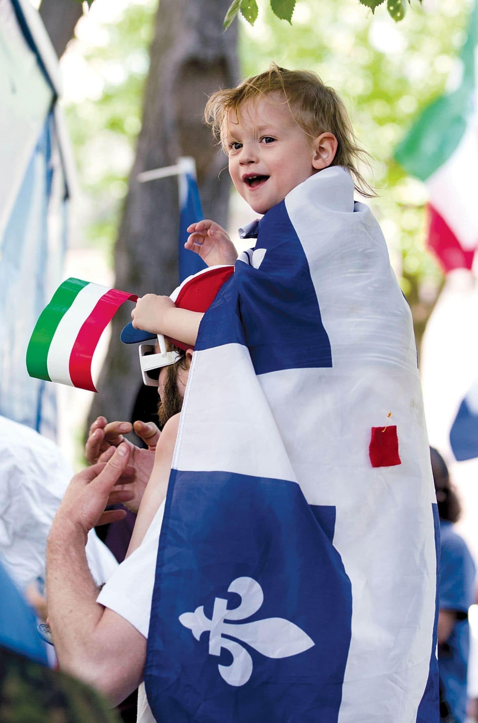 Lorsque les Patriotes se sont donné un drapeau, celui-ci intégrait trois couleurs : le blanc, pour les Français, le vert, pour les Irlandais et le rouge, pour les Anglais…