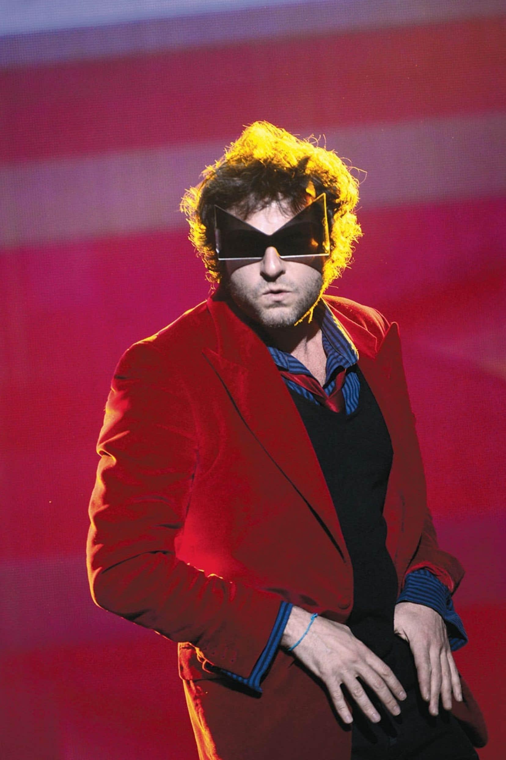 <div> «On a des projets jusque dans la nuit», dit Matthieu Chedid la veille de son spectacle au Métropolis.</div>