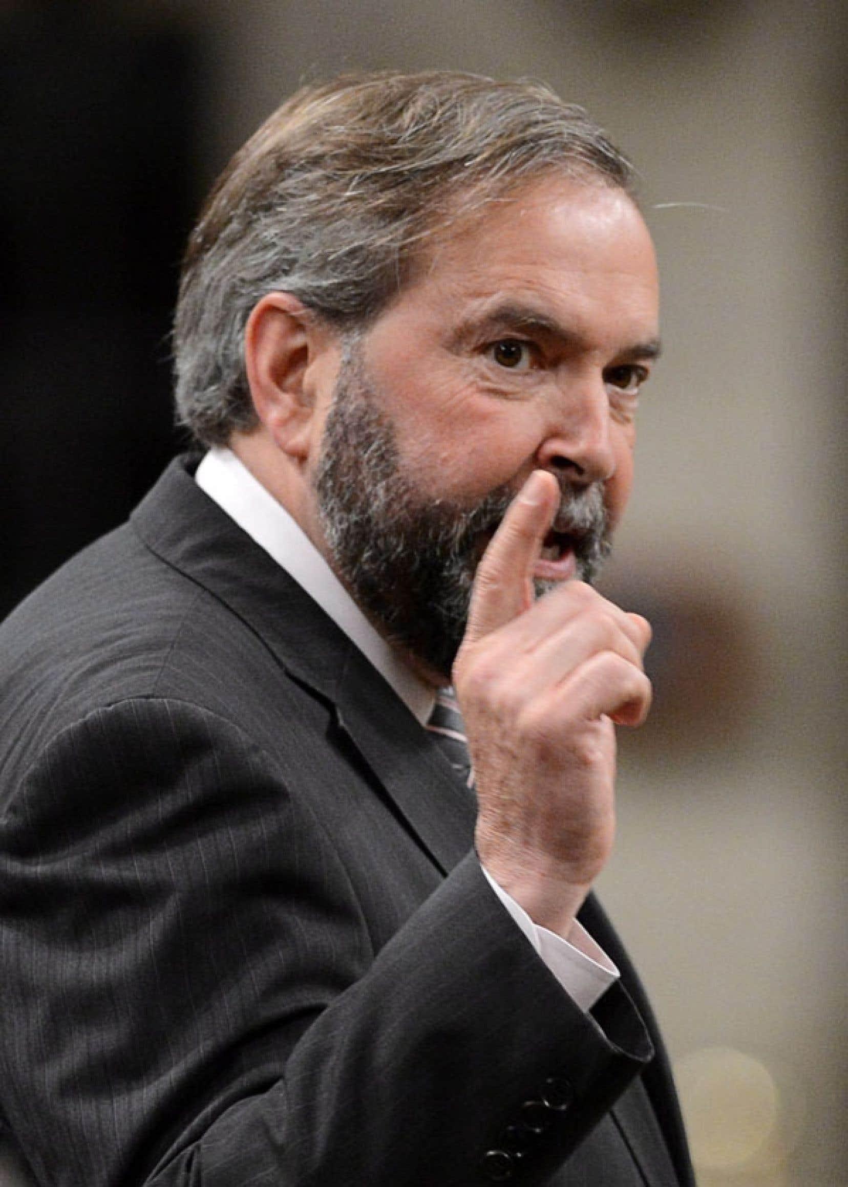 Thomas Mulcair avait proposé que le Bureau du directeur parlementaire du budget ne relève plus de la Bibliothèque, mais du Parlement lui-même. Les conservateurs s'y sont opposés.