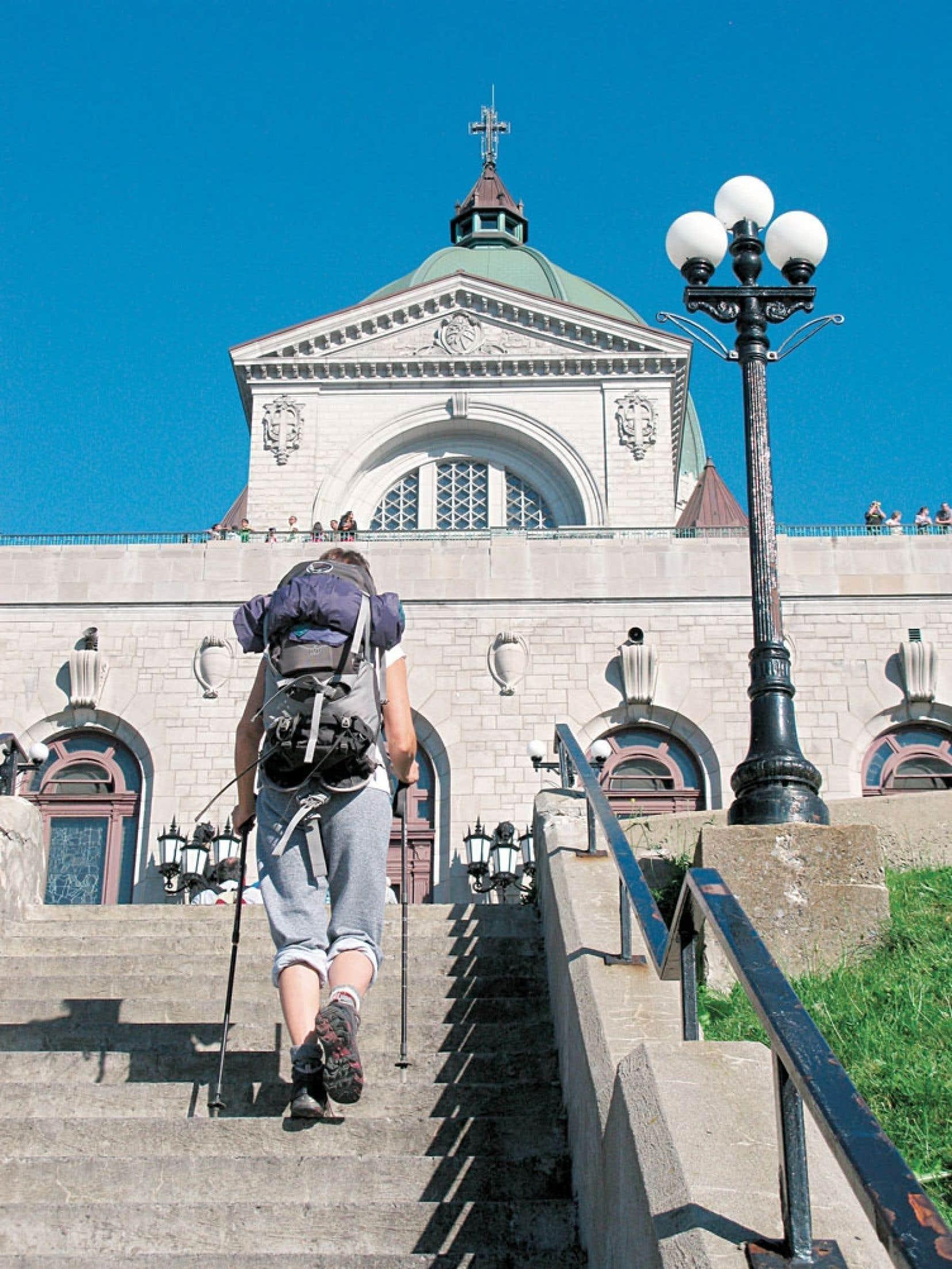 L'oratoire Saint-Joseph, point de dé?part du chemin des Sanctuaires et point d'arriveée du chemin des Outaouais.