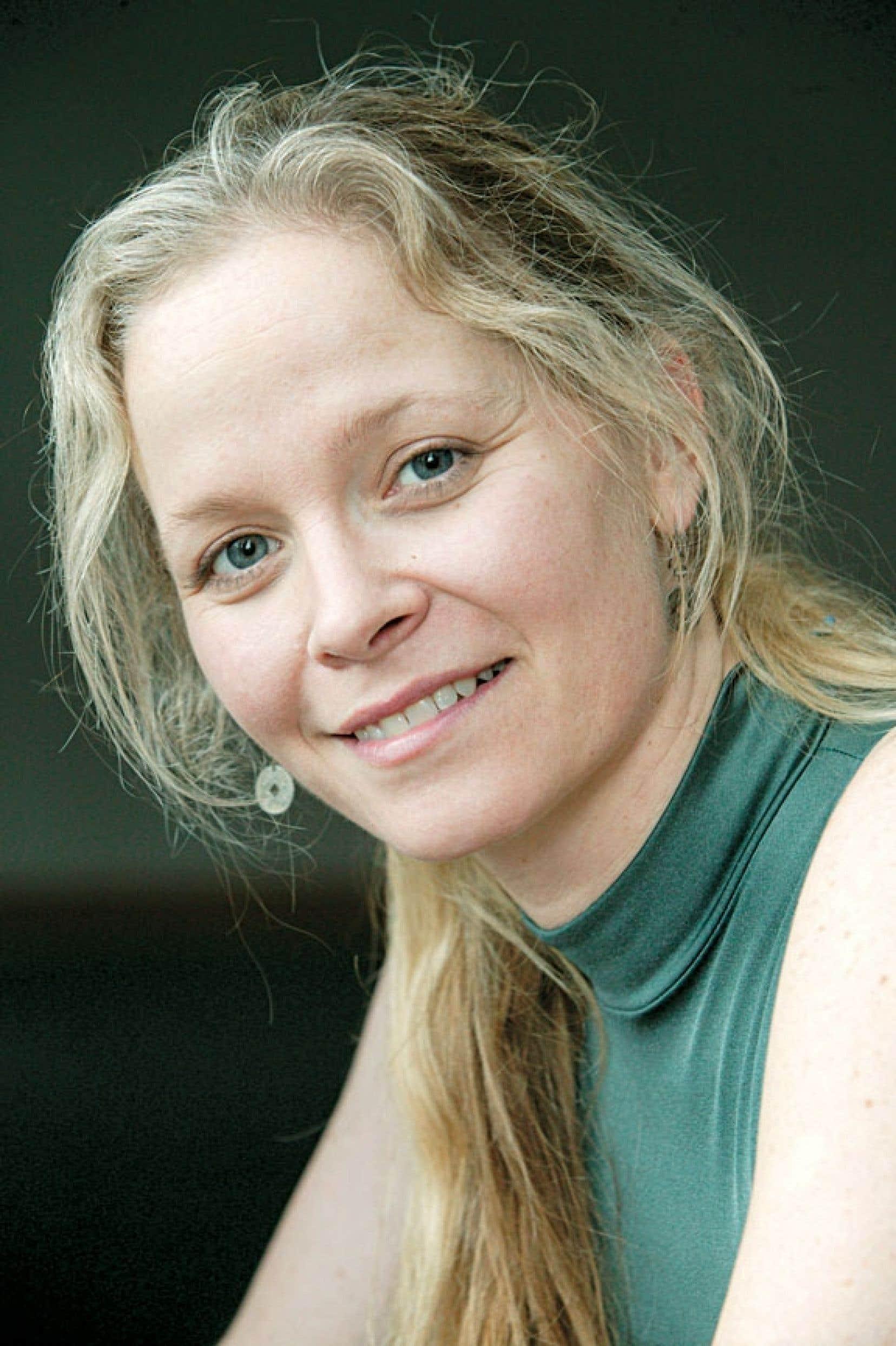 La danseuse Nathalie Buisson en 2006, alors qu'elle monte Cœur en tête, un spectacle-bénéfice dédié à la recherche dans le domaine sous-financé de la neuro-oncologie.