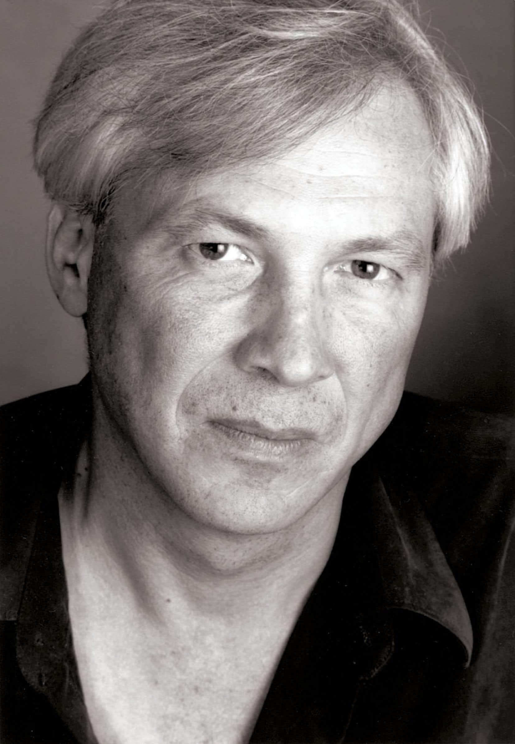 Gaétan Soucy (1958-2013) se concevait d'abord comme un écrivain, mais le métier et la vocation d'enseignant de la philosophie, loin d'être un simple gagne-pain, lui importait au plus haut point, bien qu'il lui fût parfois difficile, surtout en raison d'une hétéronomie croissante entre le contenu et la « gestion » de l'enseignement.