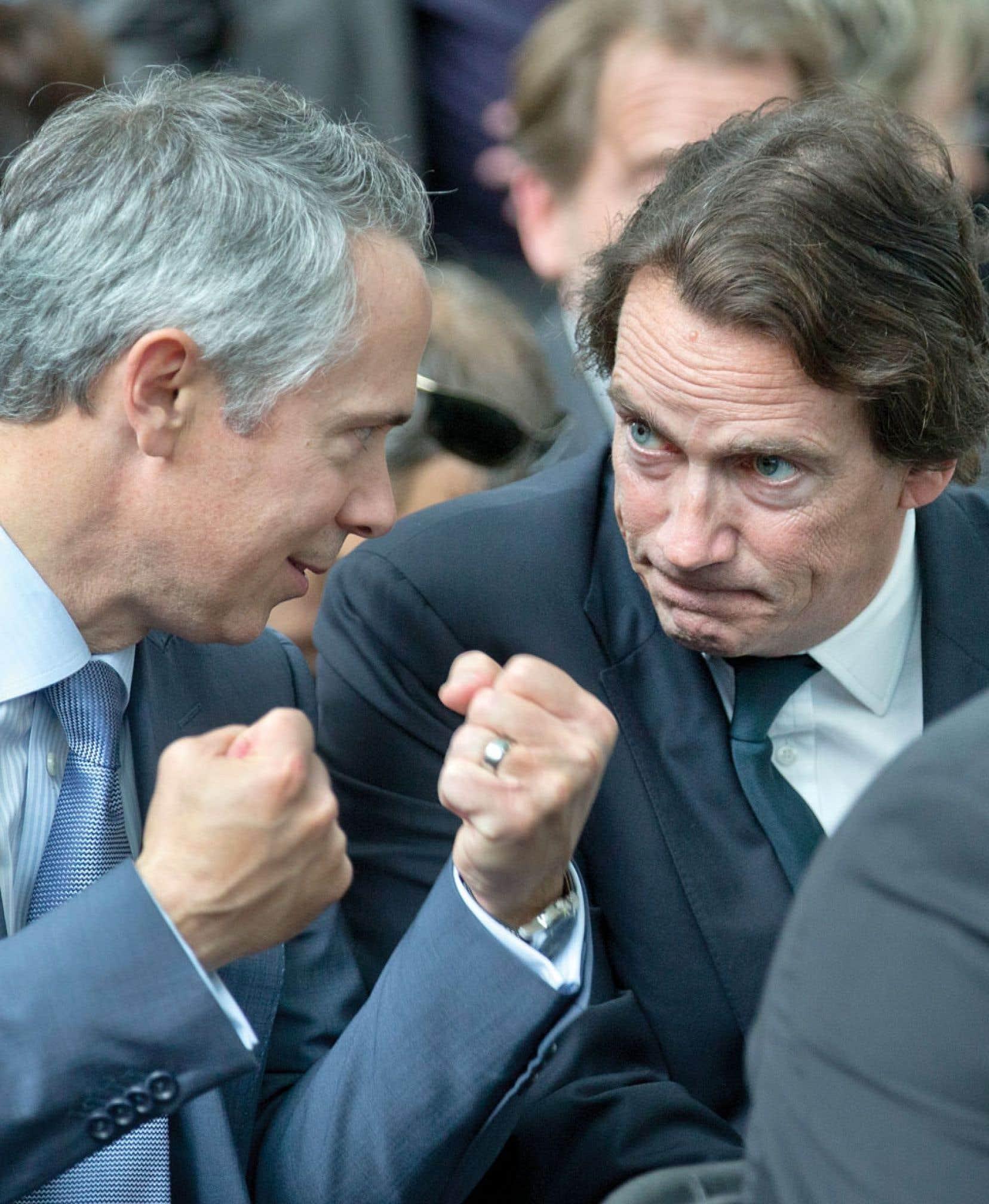 Hydro-Québec mettra ses surplus d'électricité au service du développement économique. Ci-dessus, le p.-d.g., Thierry Vandal, et le président du conseil, Pierre Karl Péladeau qui assistaient à la présentation, lundi.