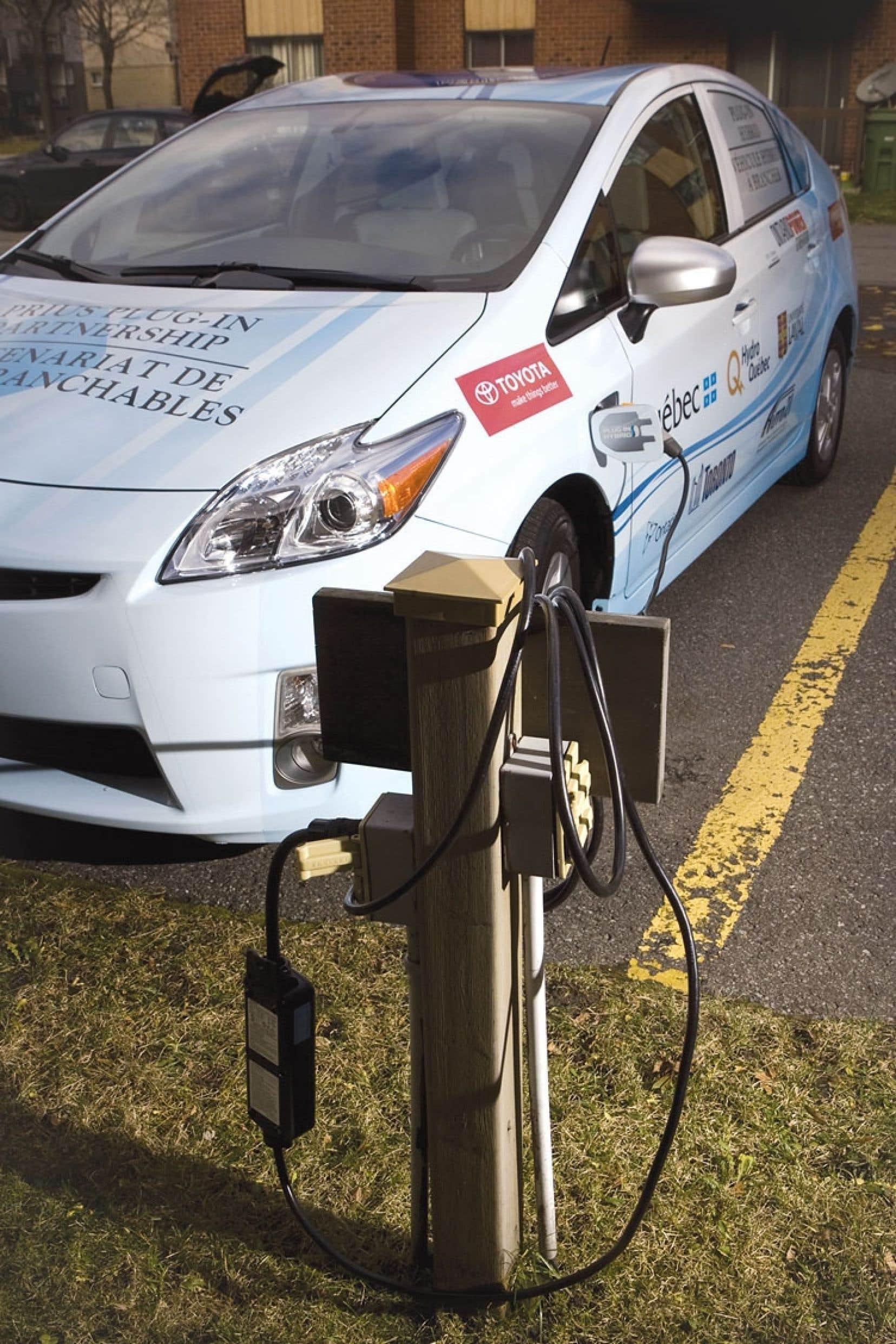 Selon Jean-François Blain, l'électrification des véhicules routiers au Québec répond à la nécessité de décarboniser le secteur des transports.