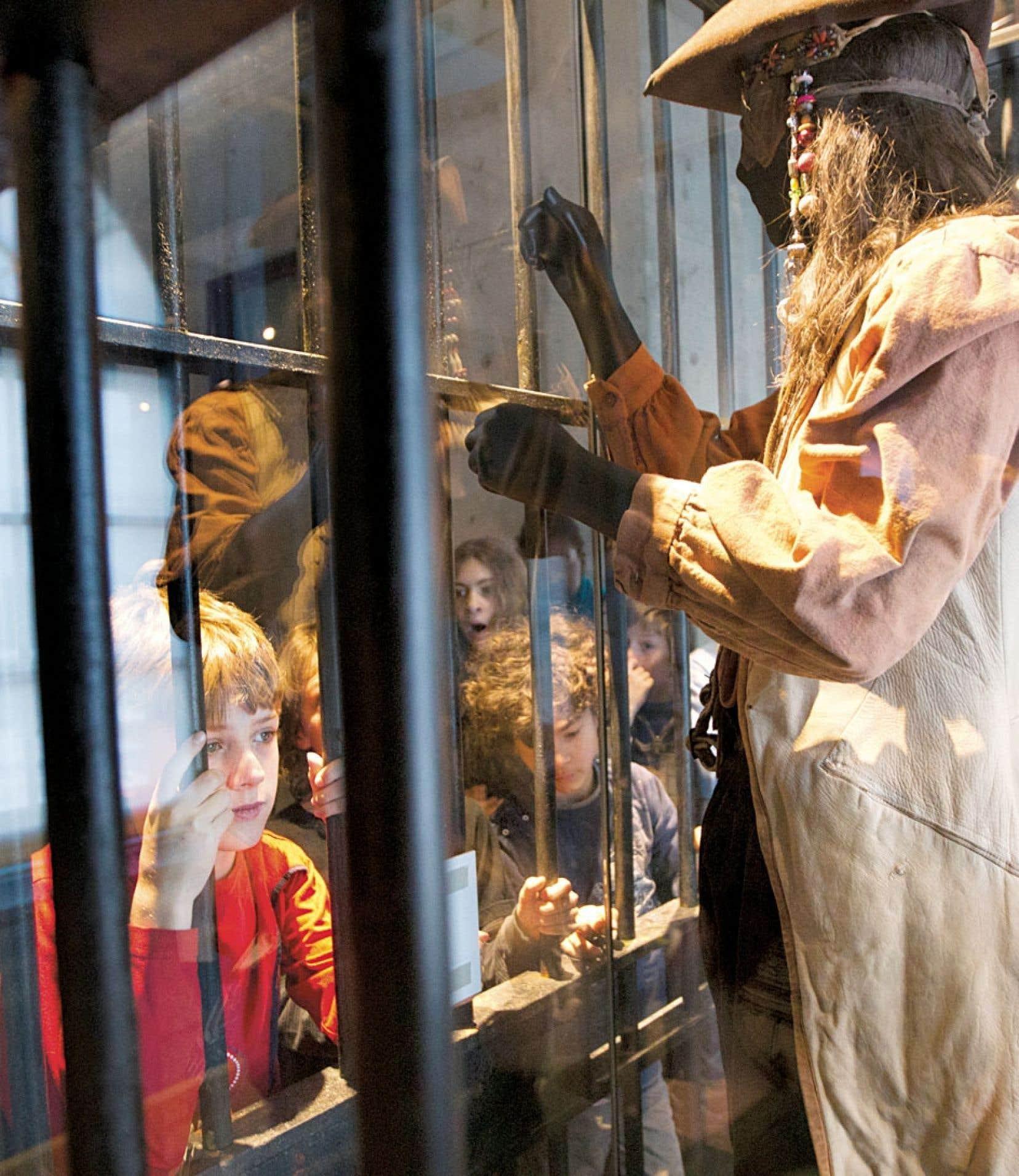 Le musée a consulté deux classes en 4eet 5eannées pour sa nouvelle exposition Pirates ou corsaires?. On a vite constaté que des jeux vidéo, ils en avaient bien assez à la maison. «Ce qu'ils voulaient, c'est manipuler, bouger, s'amuser et apprendre, dit Monique Camirand, directrice du projet.