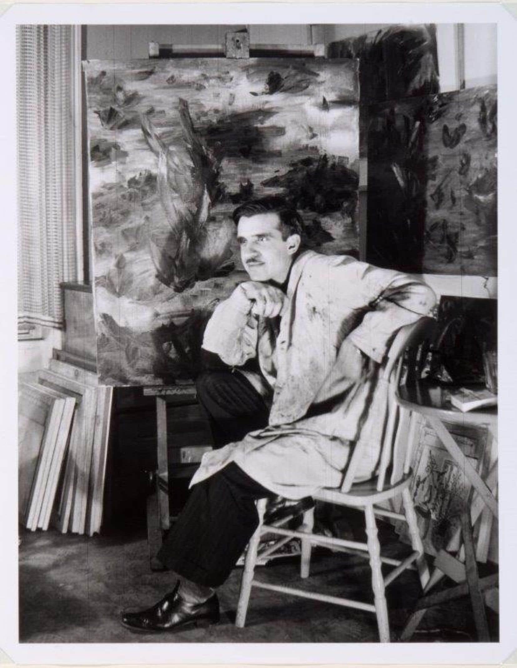 Portrait de Fernand Leduc dans son atelier à Montréal, 1946.