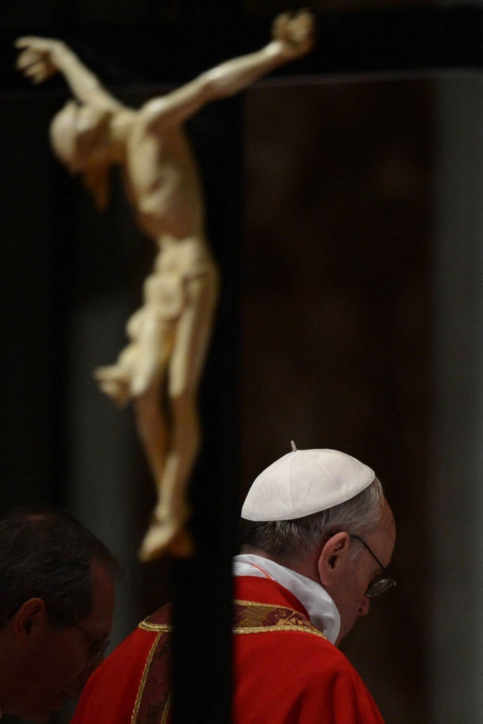 Le pape François a promis par le passé d'agir avec détermination contre les sévices sexuelles commis par des membres du clergé.