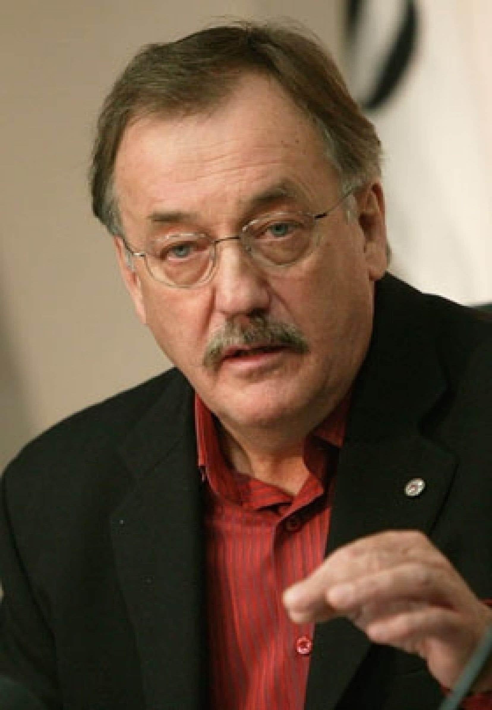 Henri Massé s'est abstenu de blâmer les syndiqués de la CSN à Vallée-Jonction qui ont refusé de faire des concessions, soulignant que celles-ci équivalaient à 30 %, ce qui était considérable.