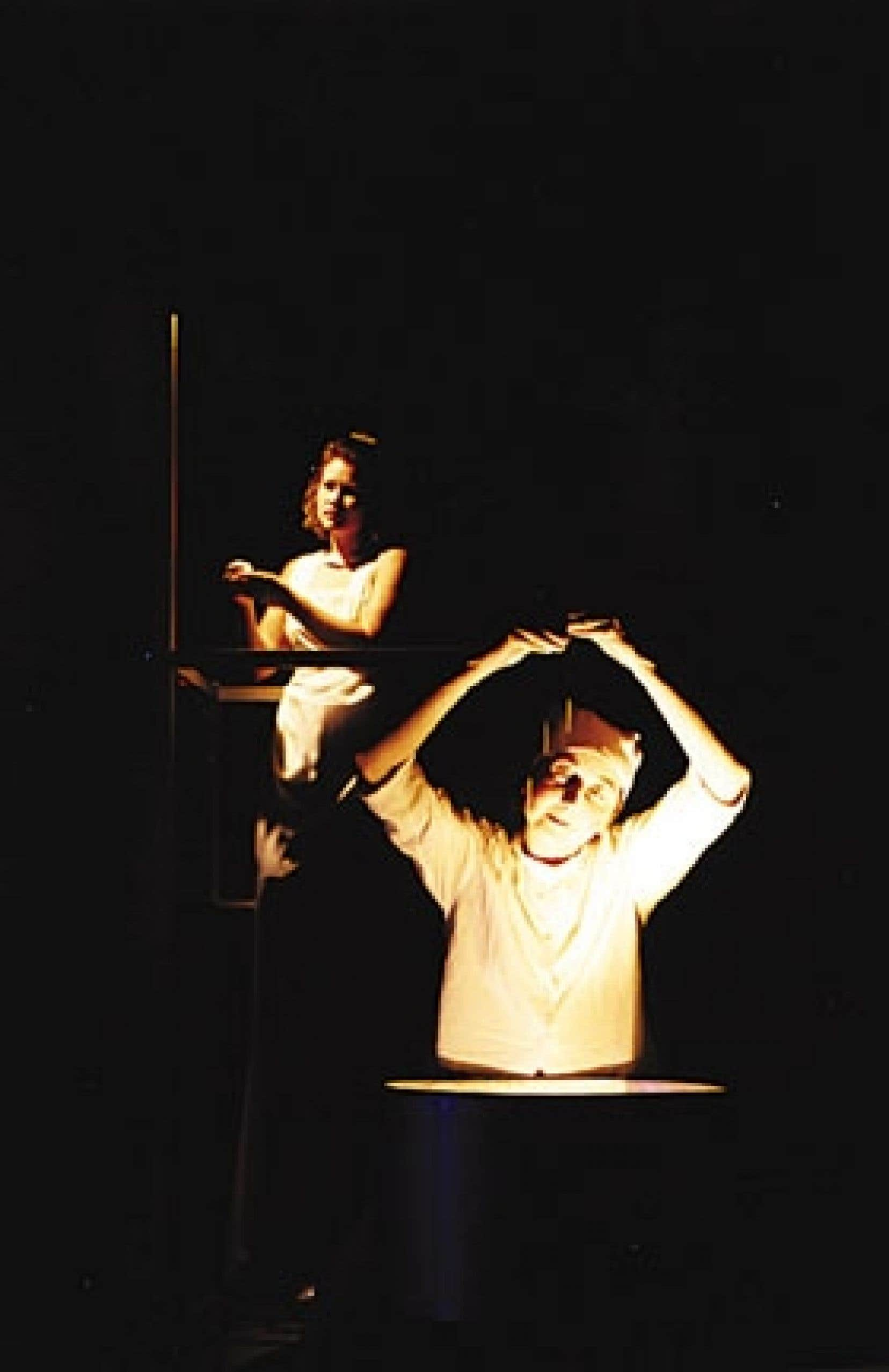 Une scène de la pièce Les Secrets de la nuit. Photo: Arne B. Langleite