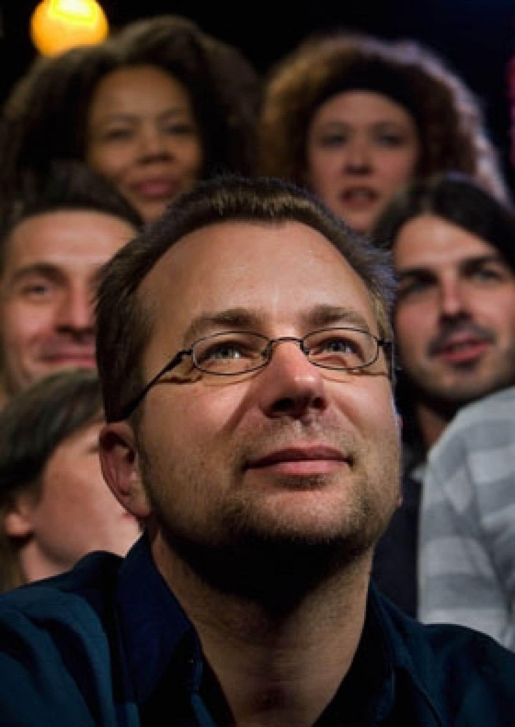 Luc de Larochellière a célébré ses 20 ans de carrière jeudi au Club Soda, dans le cadre du Coup de coeur francophone.