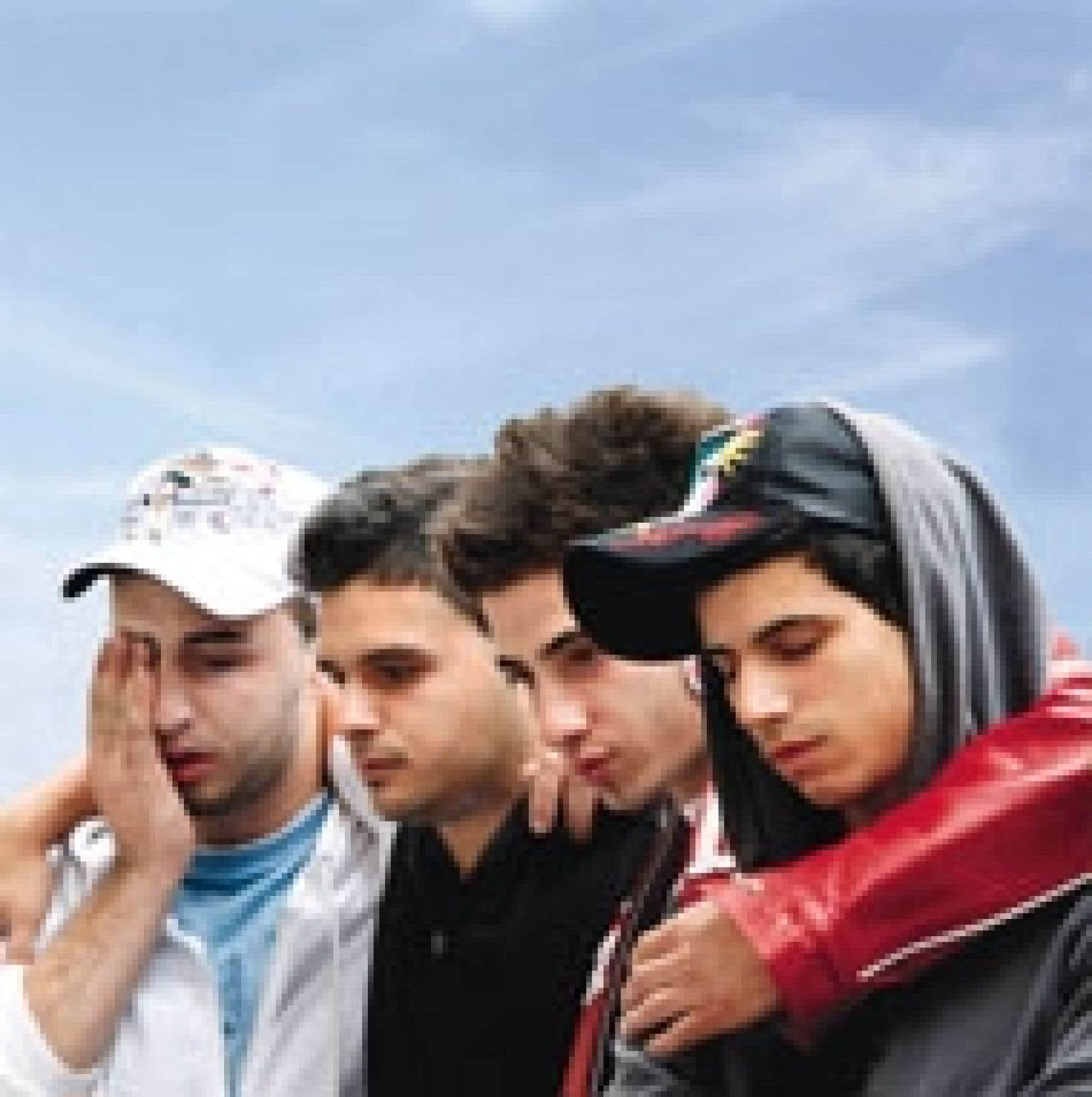 Quatre étudiants du collège Dawson sous le choc après la fusillade du 13 septembre dernier.