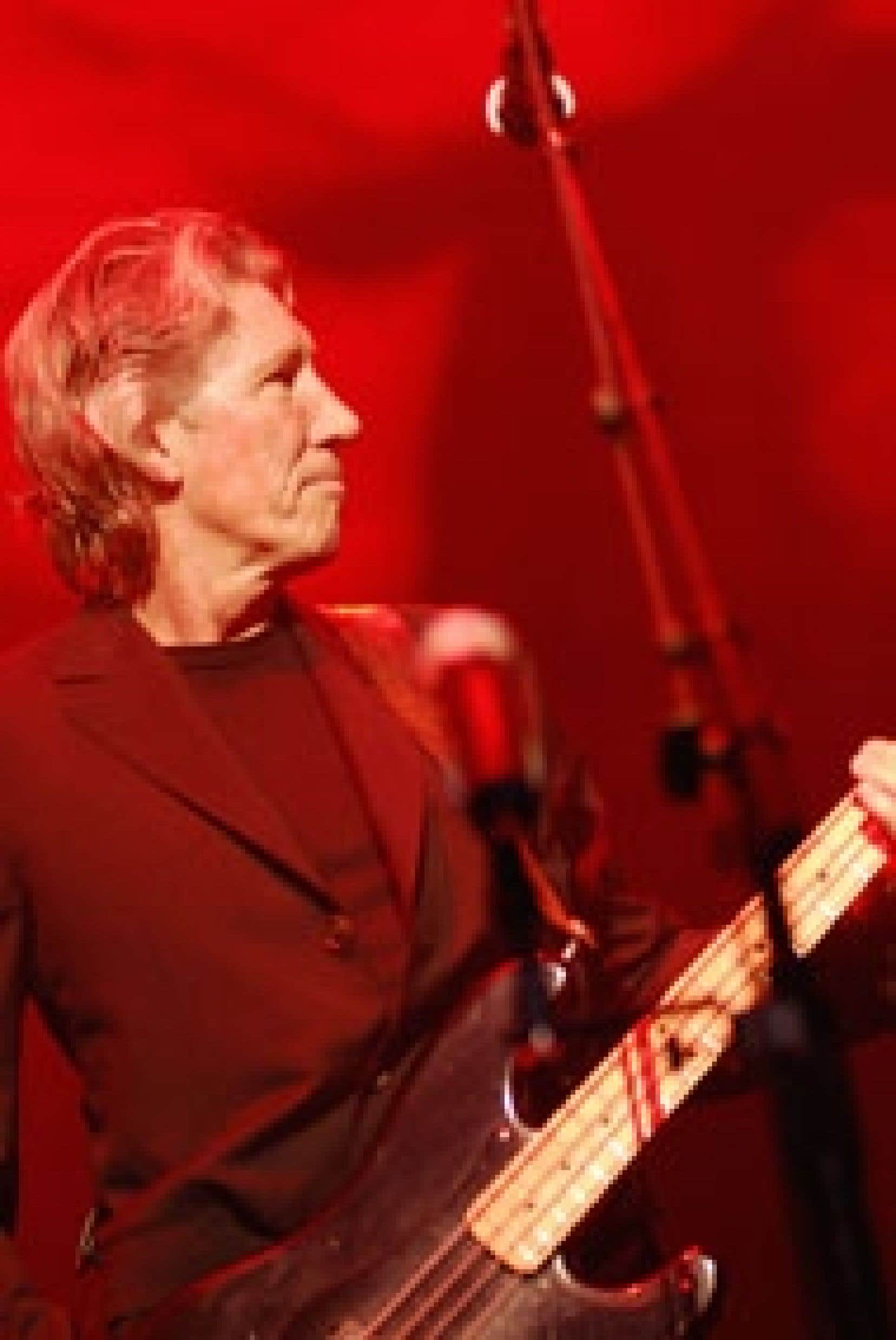 Roger Waters a eu beau ramener le dirigeable en forme de cochon rose dans Sheep comme au temps de la tournée Animals, s'entourer de sbires capables de jouer note pour note les Shine On You Crazy Diamond, Wish You Were Here et la totale de l'album The Da