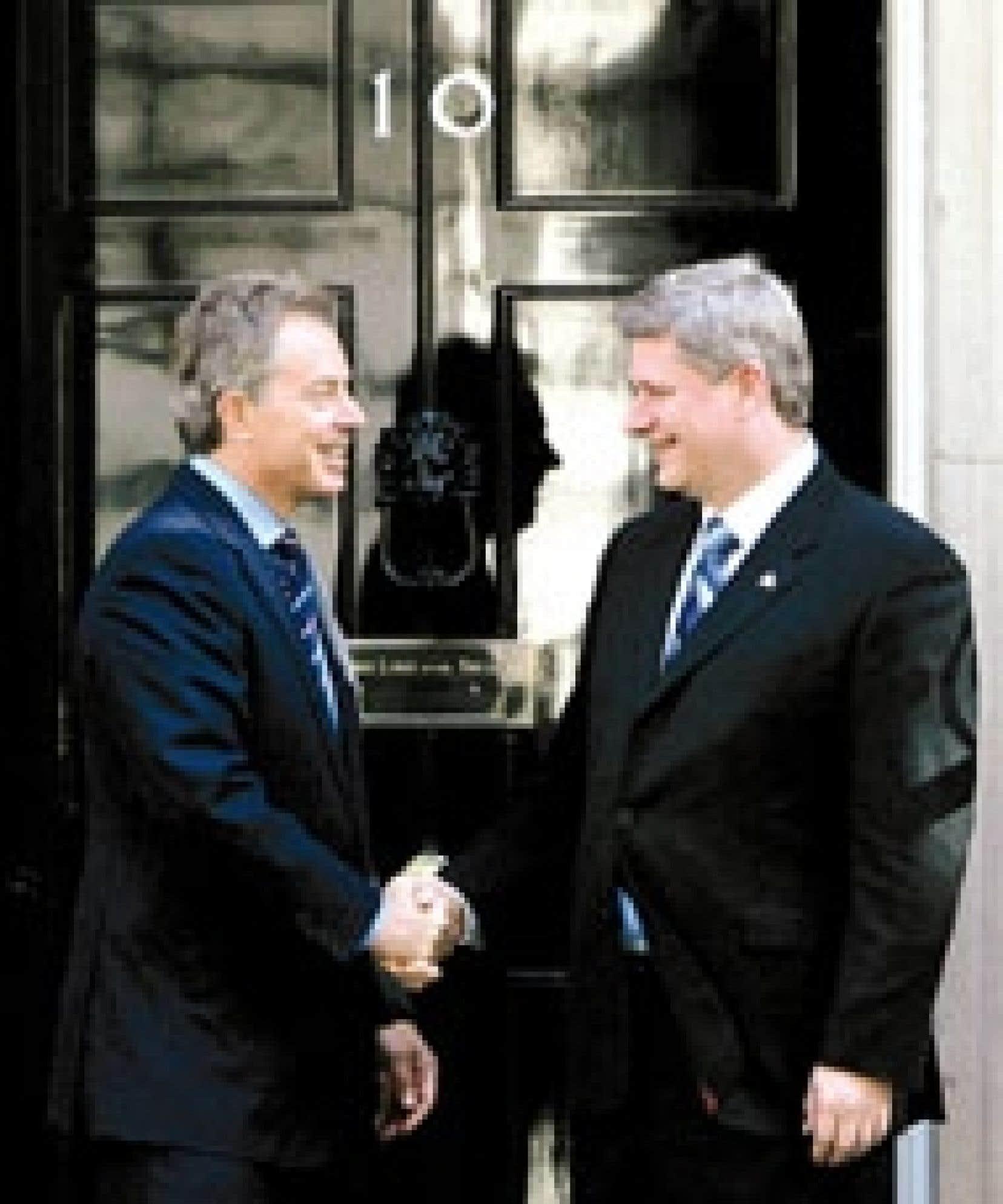 Tony Blair et Stephen Harper partagent les mêmes vues sur les plus récents développements dans le conflit opposant Israéliens et Palestiniens.