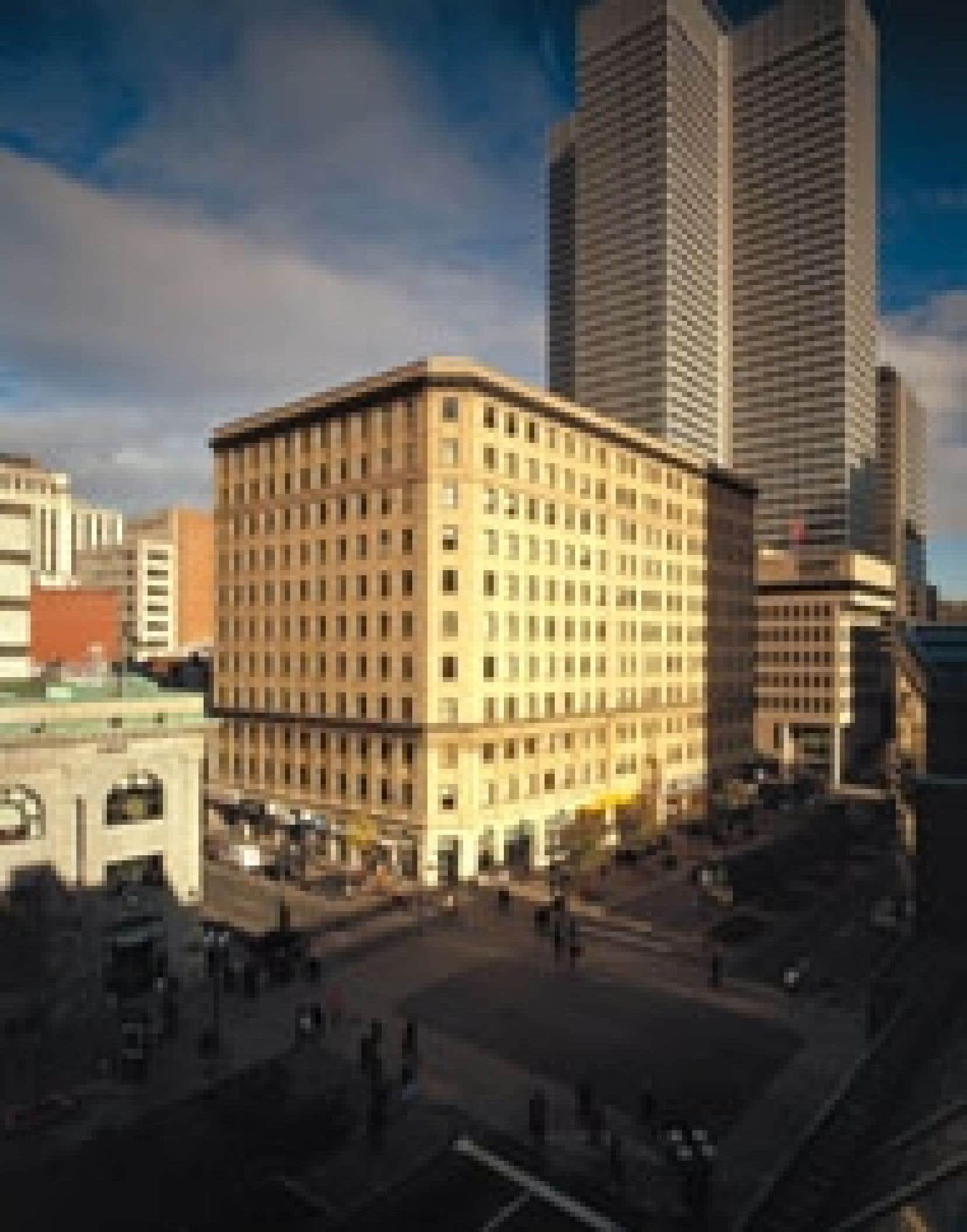 L'édifice conçu par Ross & Macdonald accuse ses 78 ans. Source: Polaris Immobilier