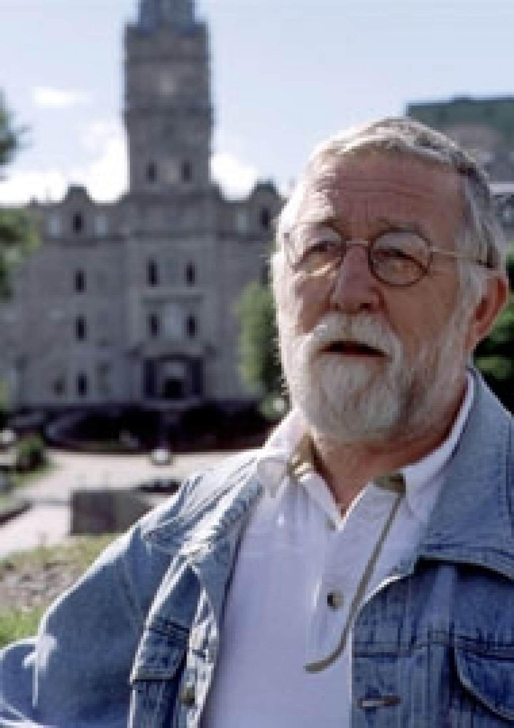 Roméo Bouchard, le fondateur de l'Union paysanne, a quitté ses fonctions de directeur général de l'organisme.