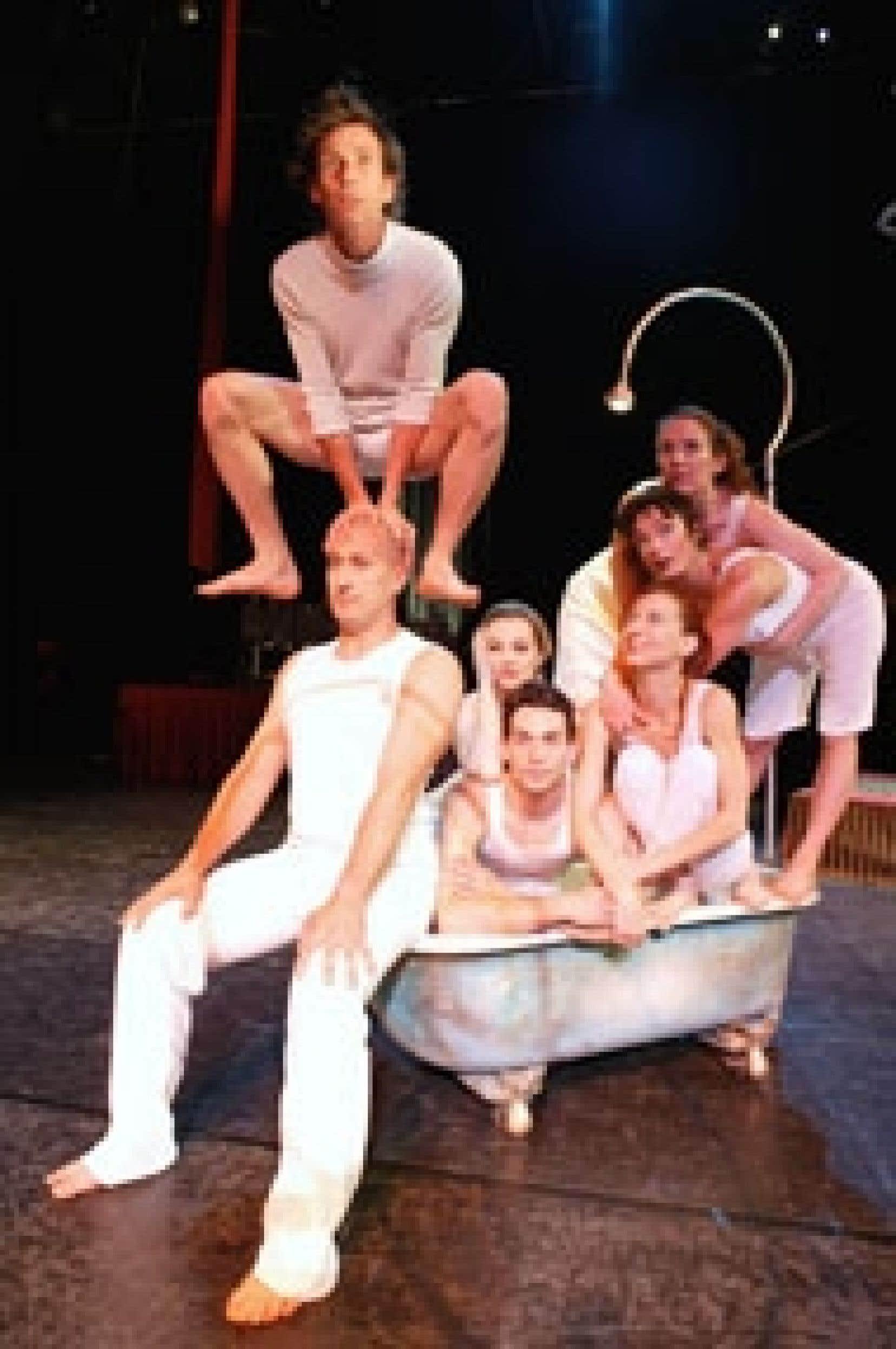 La troupe Les 7 Doigts de la main ne rassemble que des grands noms de la piste, qui ont tous fait leurs classes au Cirque du Soleil.