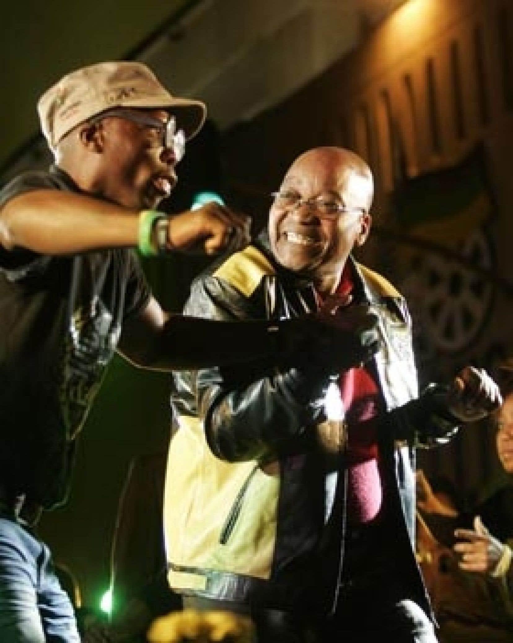 Jacob Zuma a célébré avec ses partisans hier à Johannesburg.