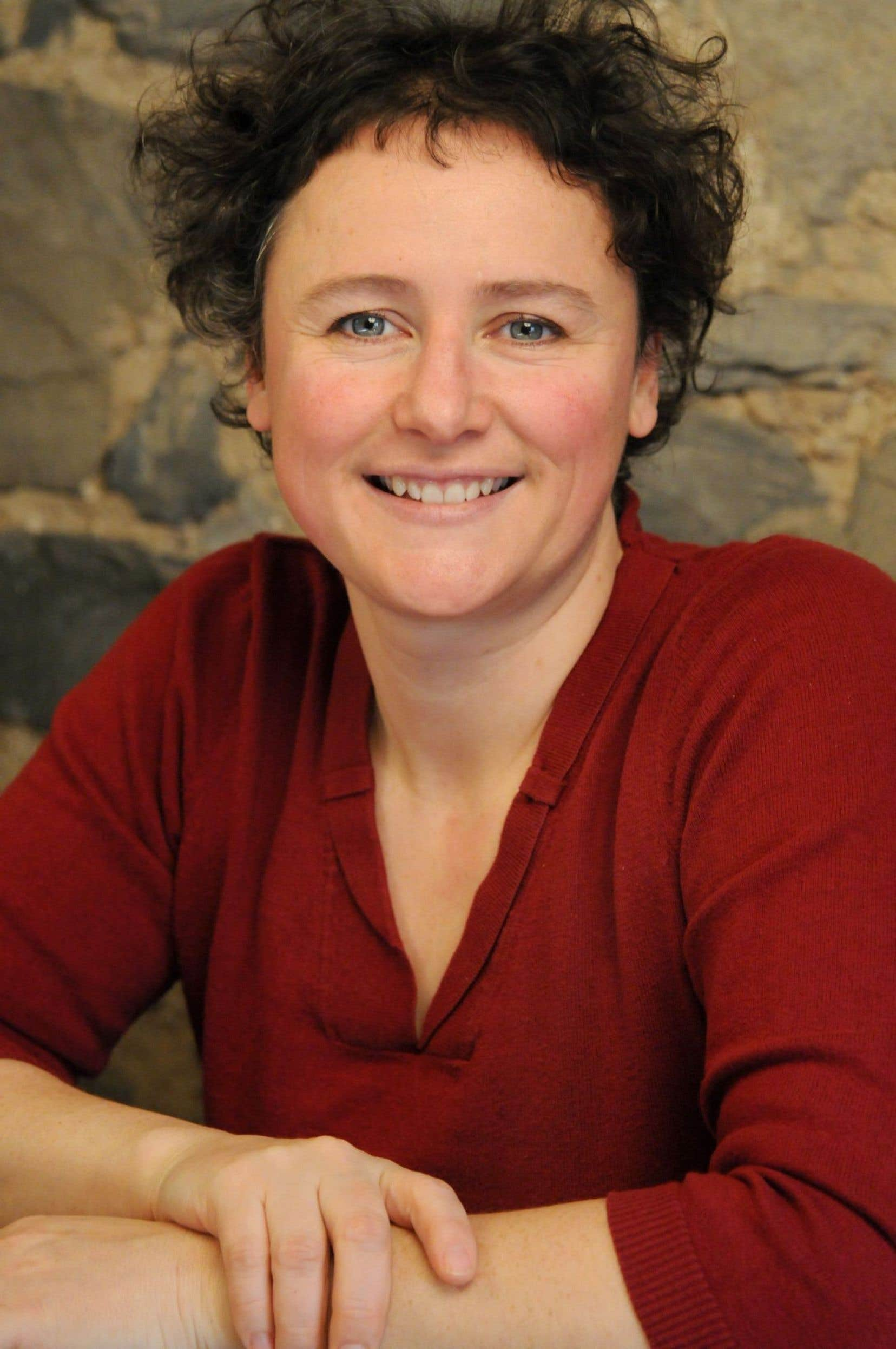 « Il y aura en région un manque de la contribution des connaissances en condition féminine sur le plan des décisions politiques touchant le développement social, économique et culturel; une expertise se perd », explique la présidente de la Fédération des femmes du Québec, Alexa Conradi.