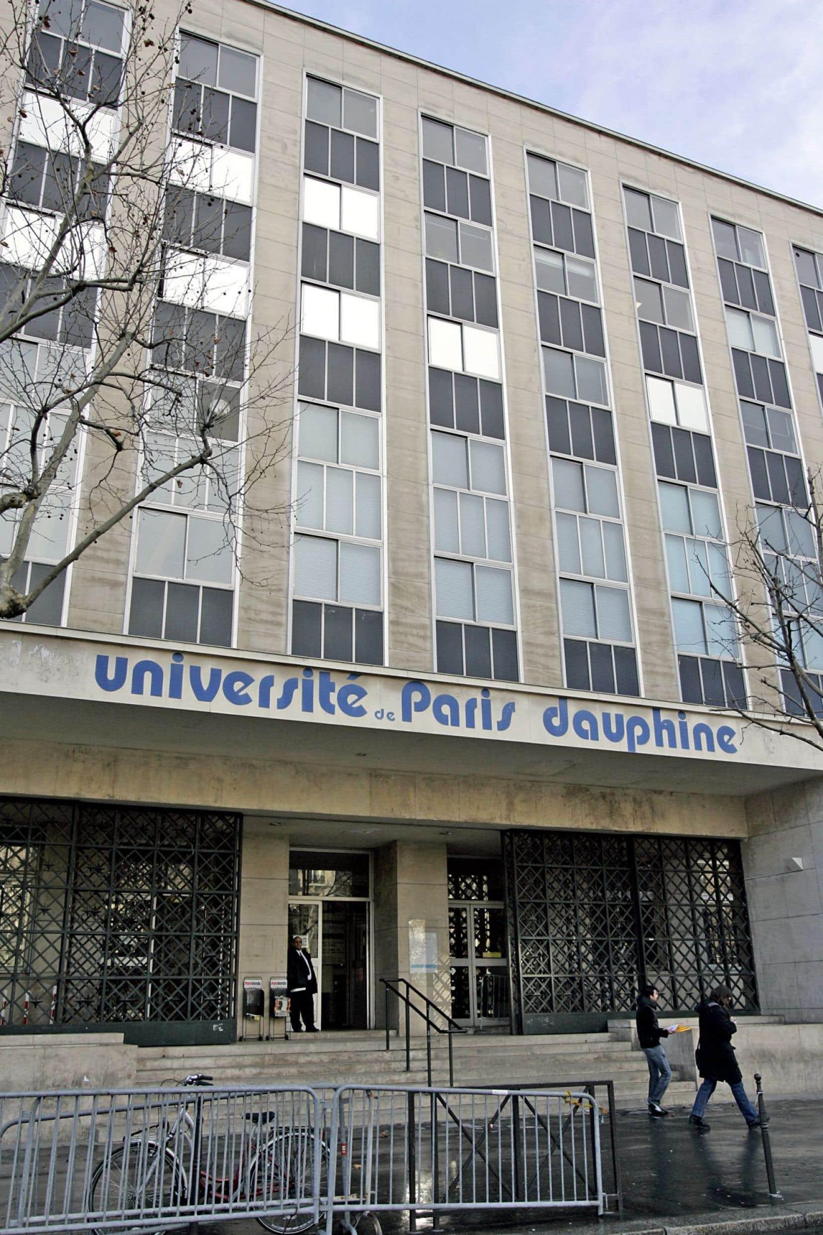 L'Université de Paris Dauphine, en France, fait partie des universités où le programme est donné.