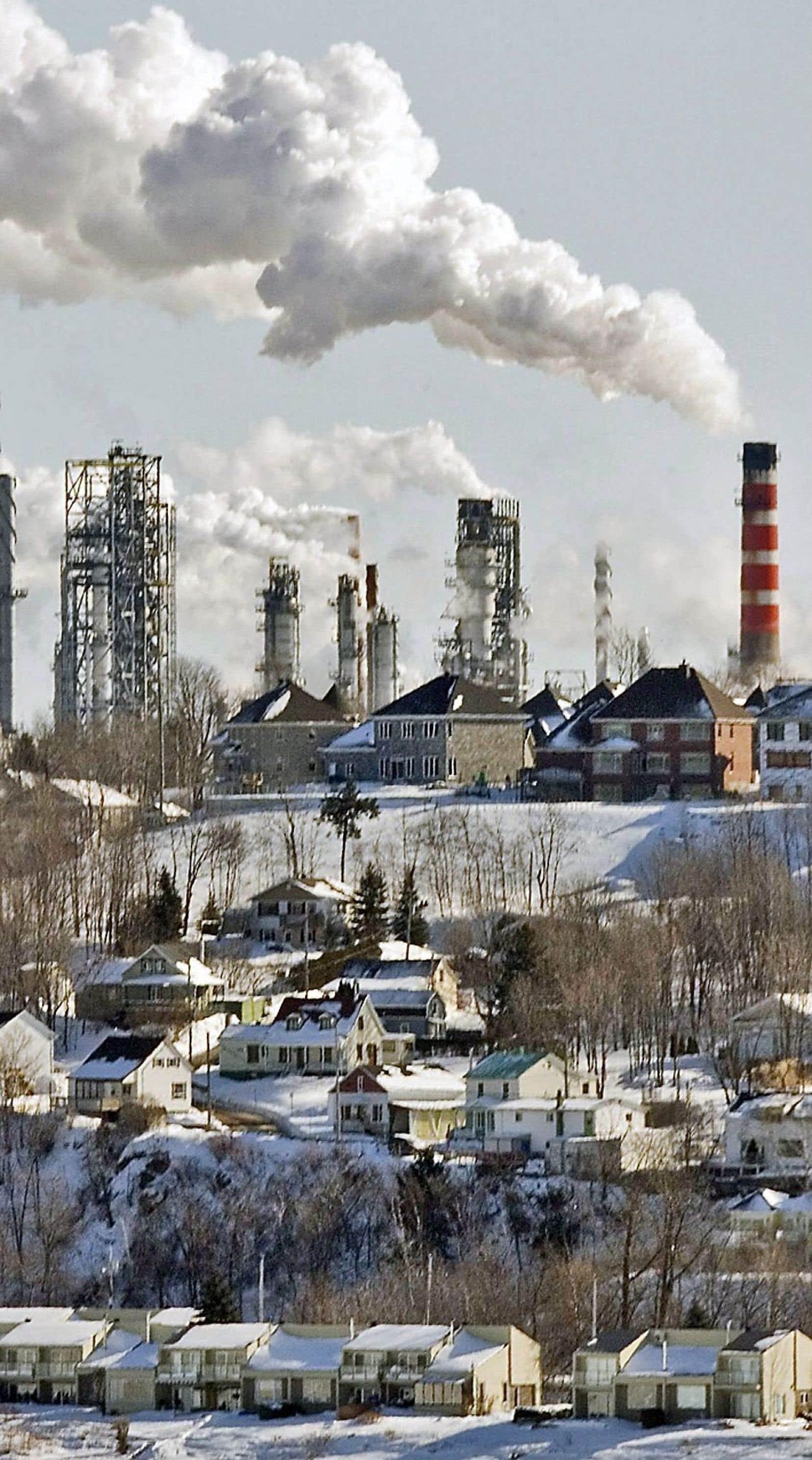 Le Québec participe depuis 2013 à un système de plafonnement et d'échange de droits d'émission avec la Californie.