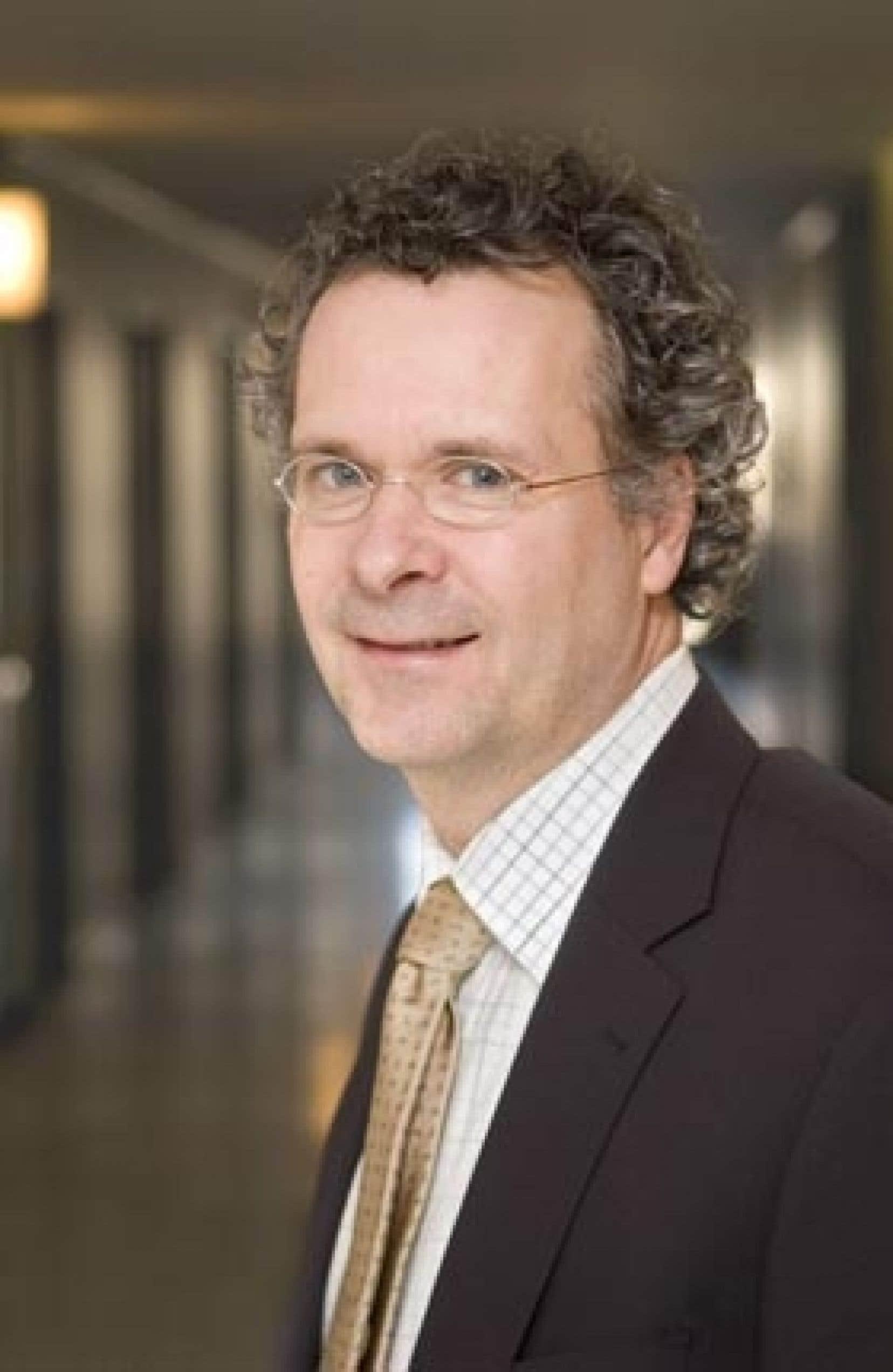 Pierre Noël, doyen de la faculté de théologie, d'éthique et de philosophie de l'Université de Sherbrooke