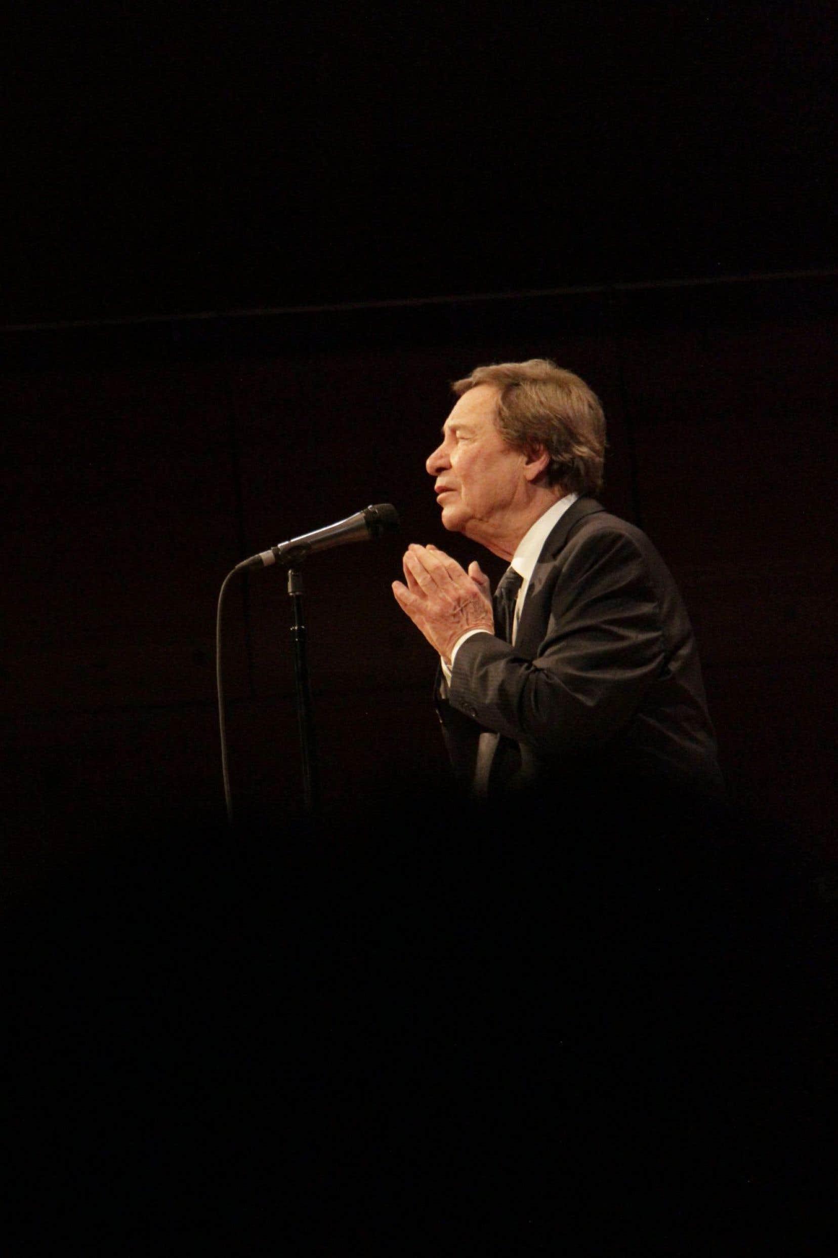 Jean-Pierre Ferland célébrait ses 80 ans en spectacle avec l'OSM.