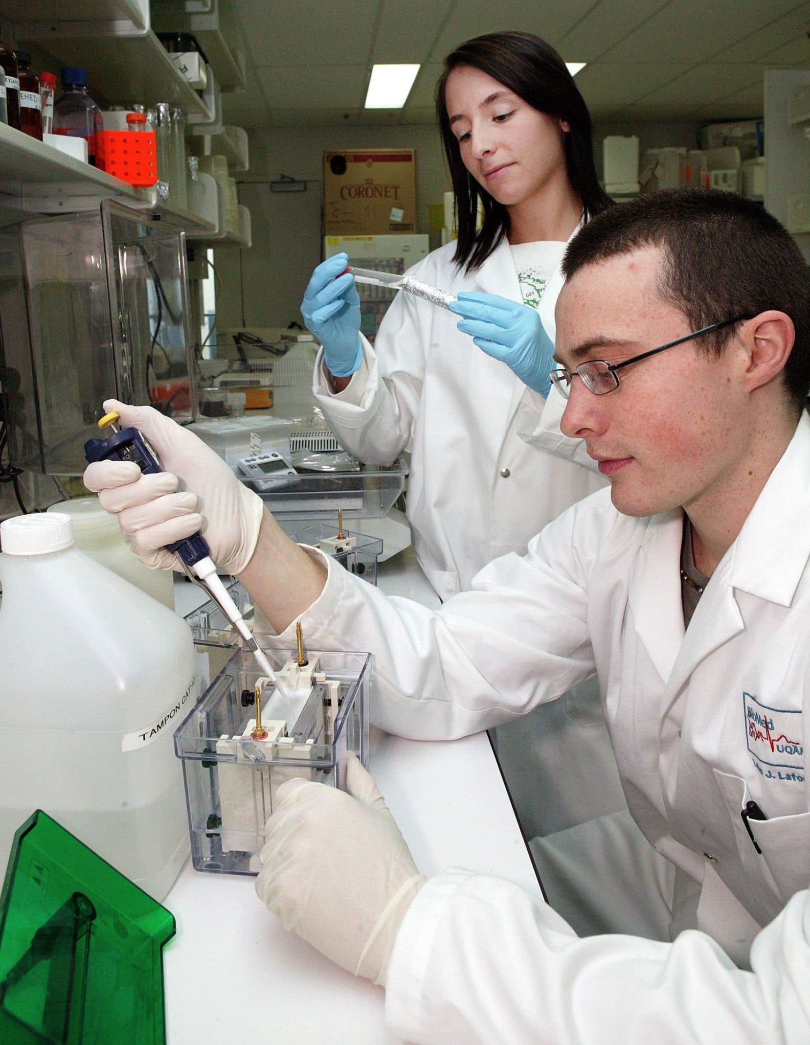 Le congrès de l'Acfas est souvent l'occasion pour les doctorants de présenter pour la première fois leur thèse de recherche auprès d'un public plus large que la communauté scientifique, notamment au moyen du volet Communications libres.