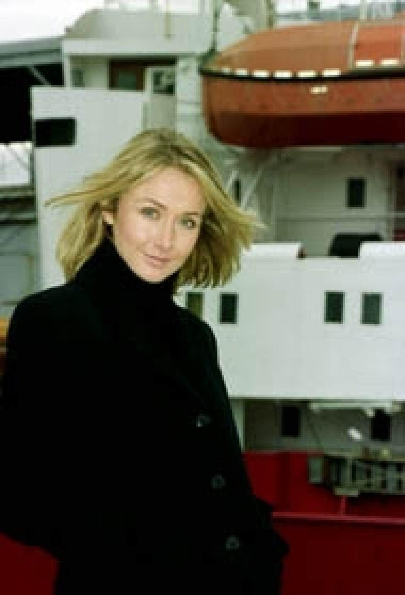 De passage à Montréal pour la promotion de son livre, Alexandra Cousteau a dit vouloir protéger l'héritage de son célèbre grand-père et promet de sauver La Calypso, le mythique navire d'exploration.