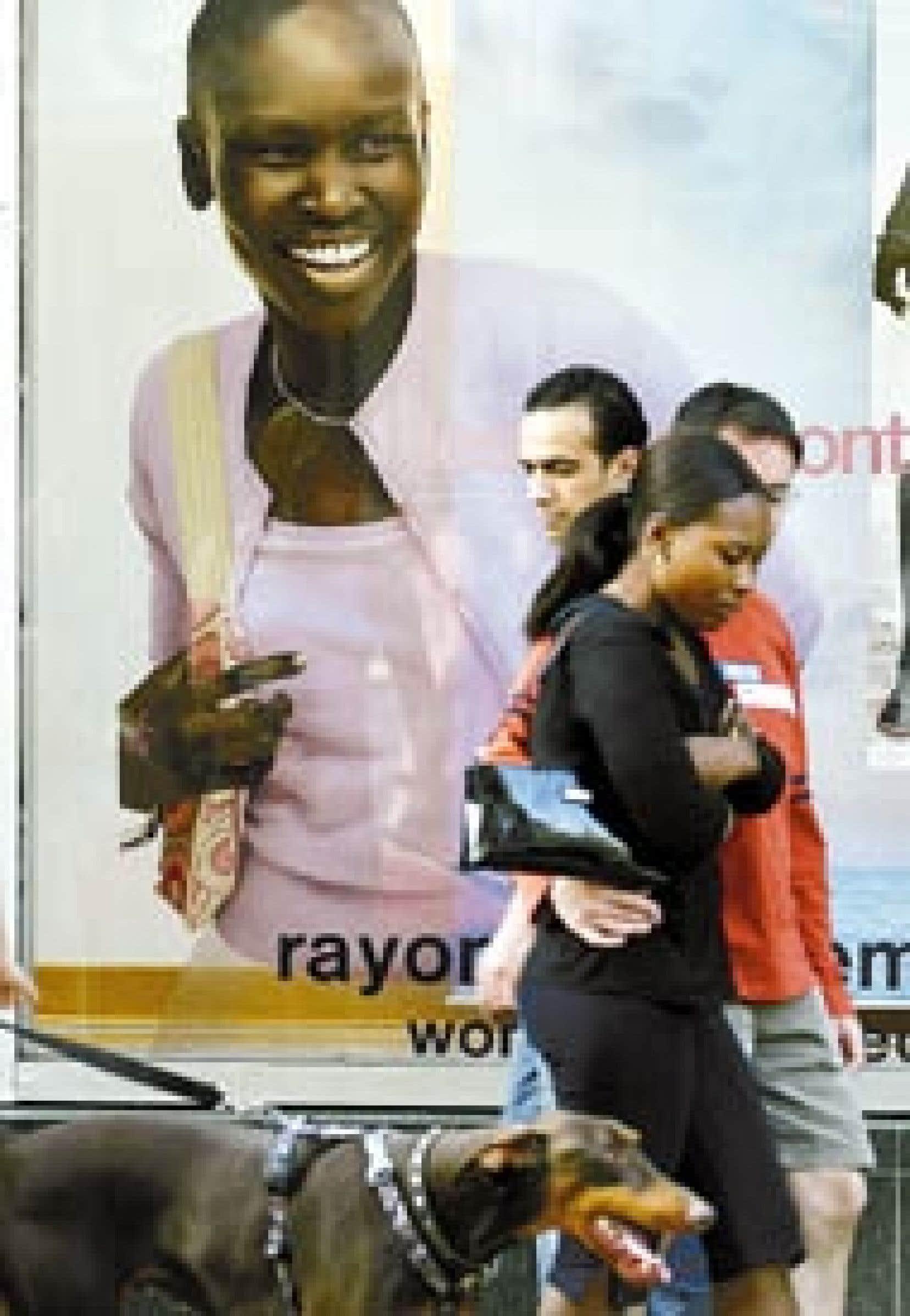 Les sourires abondent dans les vitrines du magasin Gap du centre-ville de Montréal. Dans les ateliers de ses fournisseurs, la situation n'est toutefois pas aussi rose. Le géant américain de la confection a reconnu que nombre de ses 3000 fournisseurs