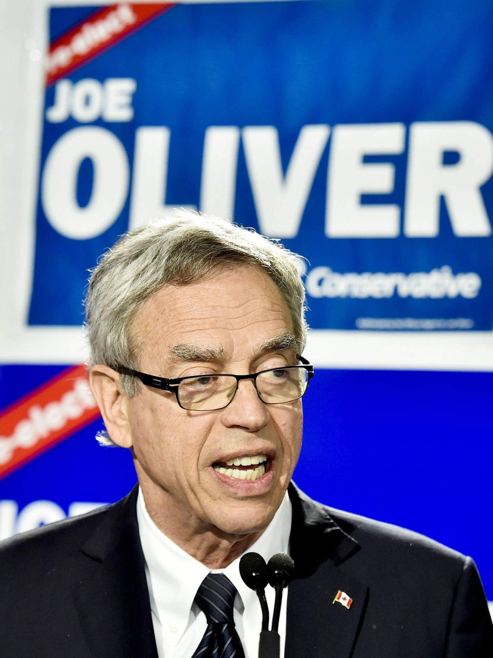 Le ministre sortant Joe Oliver s'est jusqu'ici fait discret dans la campagne.
