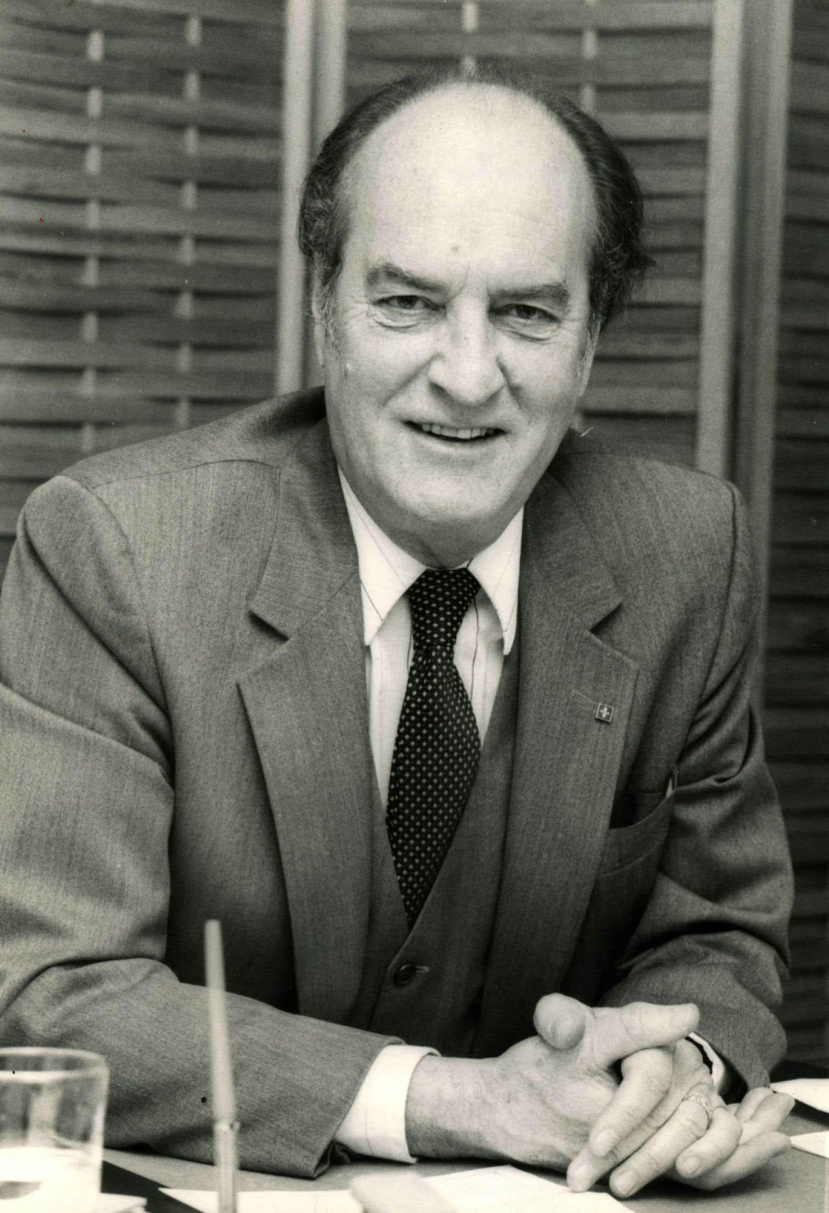 Journaliste, écrivain, député du Parti québécois et premier député du Parti indépendantiste, Pierre de Bellefeuille était un homme de conviction et de culture.