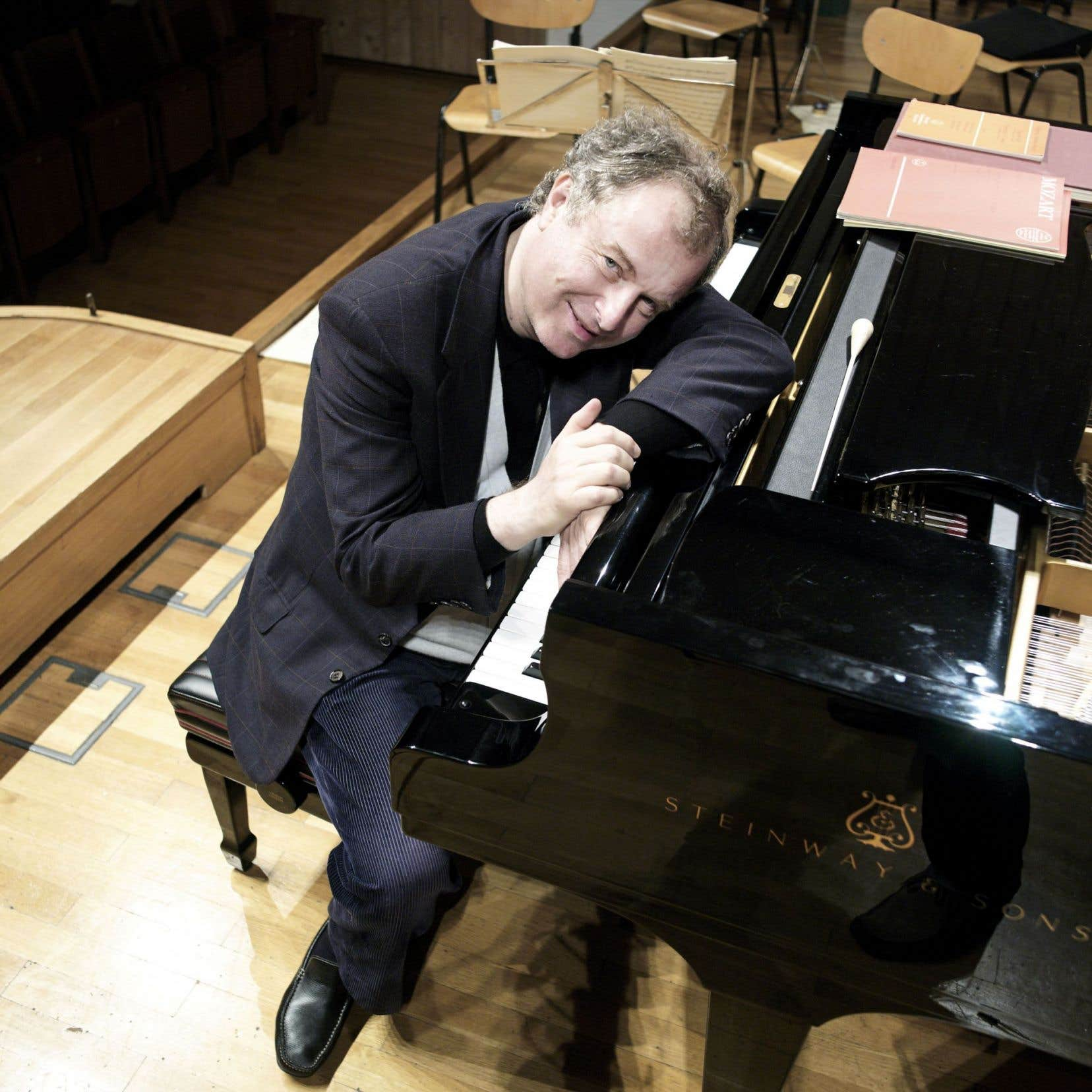 András Schiff, dont le talent est protéiforme, est à la tête d'une discographie imposante.