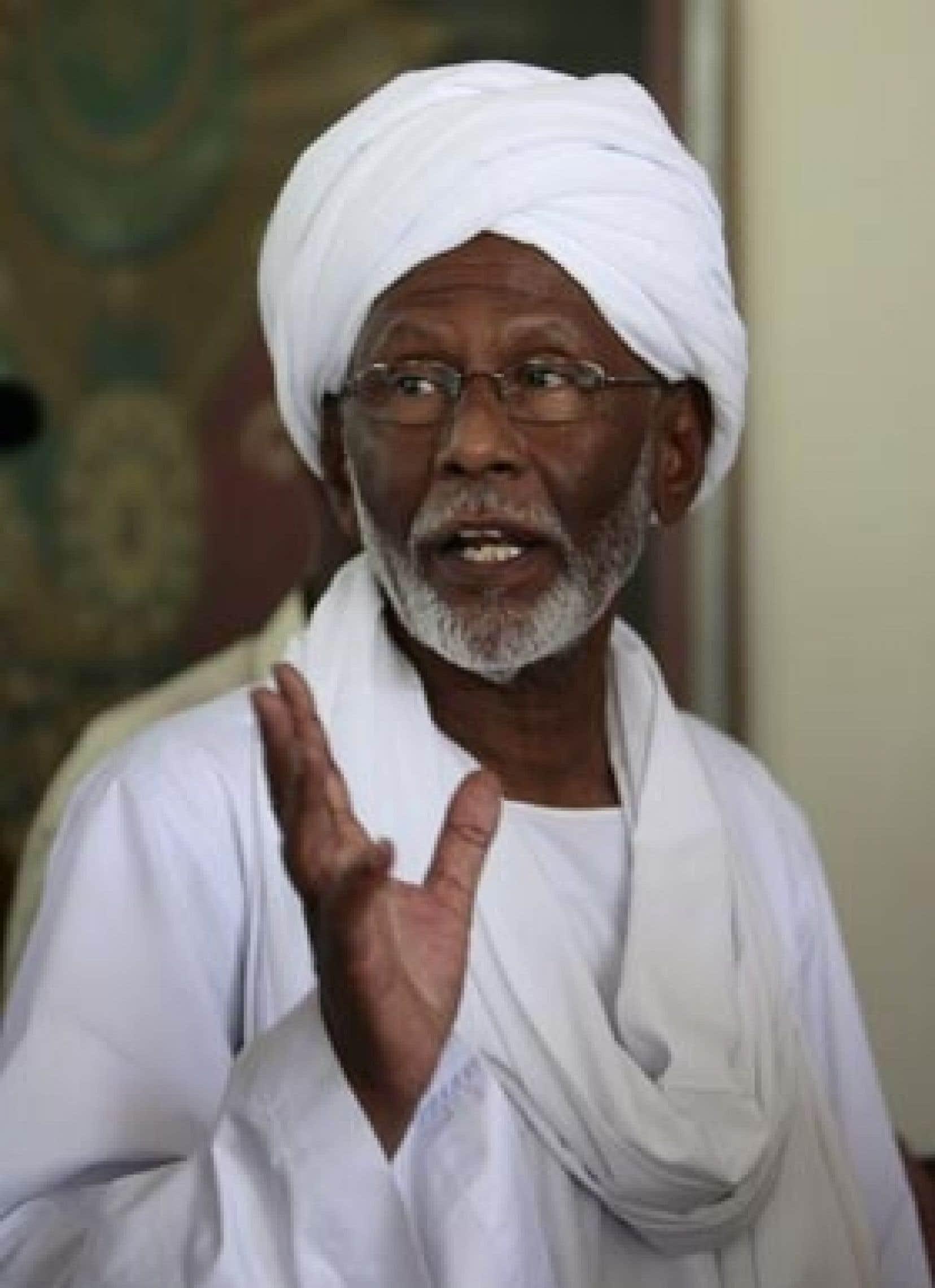 Hassan al-Tourabi, hier, à son arrivée chez lui.
