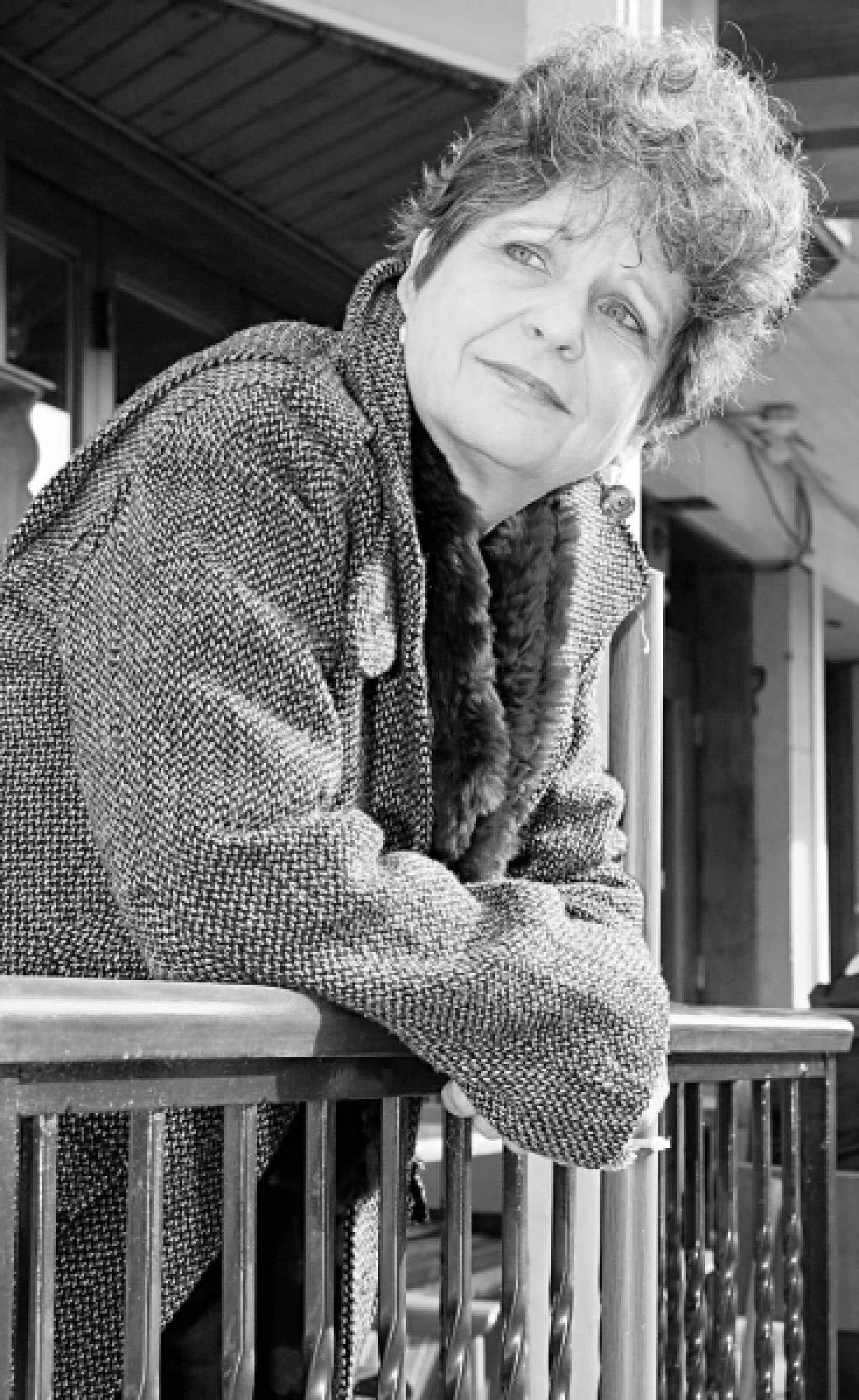 Monique LaRue est une des invités d'honneur du Salon du livre de Montréal.