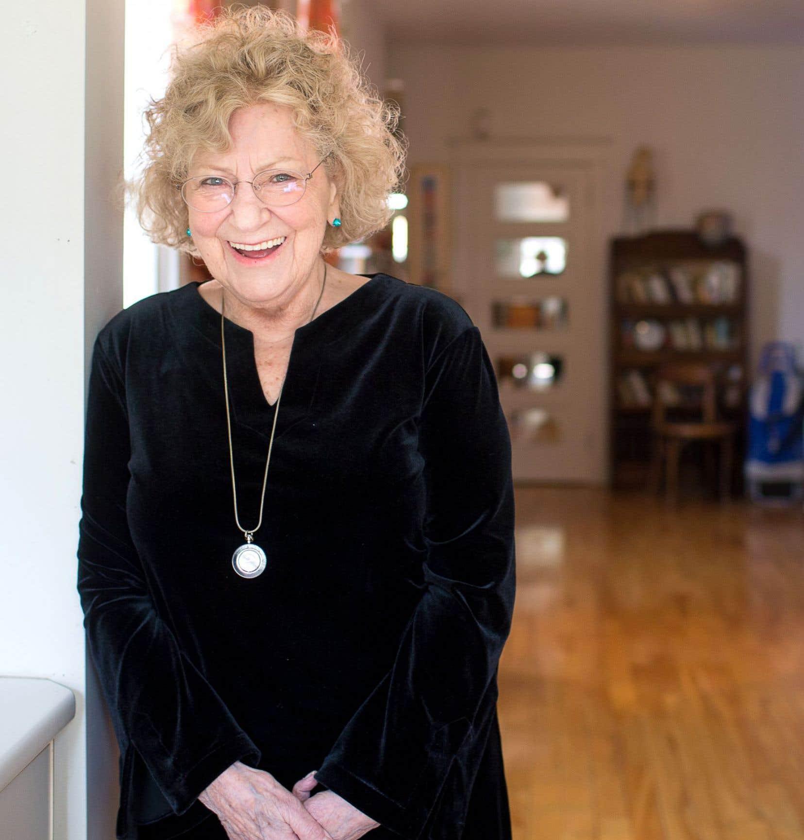 À 80ans bien sonnés, Denise Boucher publie «Boîte d'images» (L'Hexagone), un septième recueil, fait de poèmes écrits au fil du temps, à différentes époques.