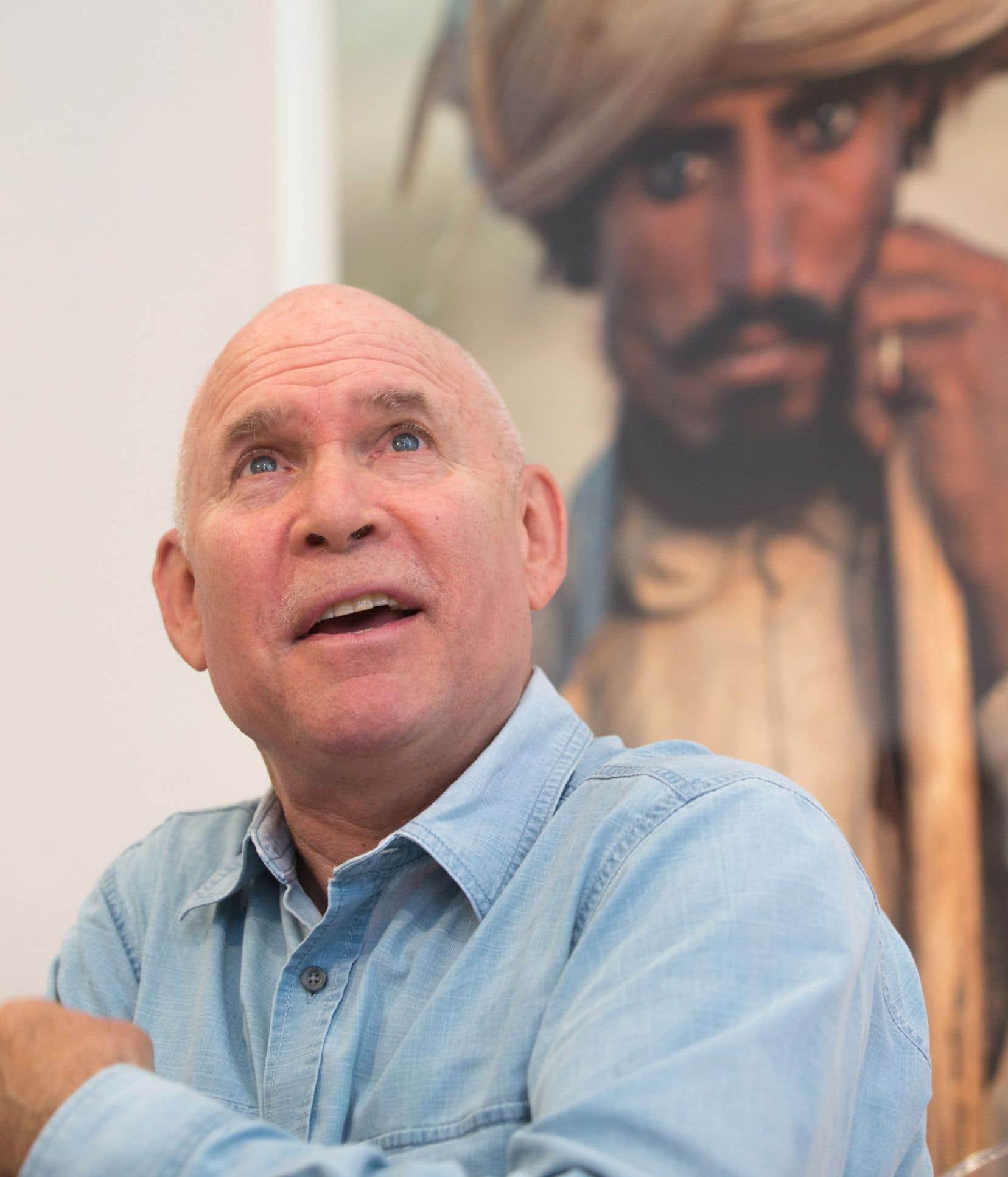 Le photographe Steve McCurry était à Montréal jeudi pour sa première exposition canadienne.